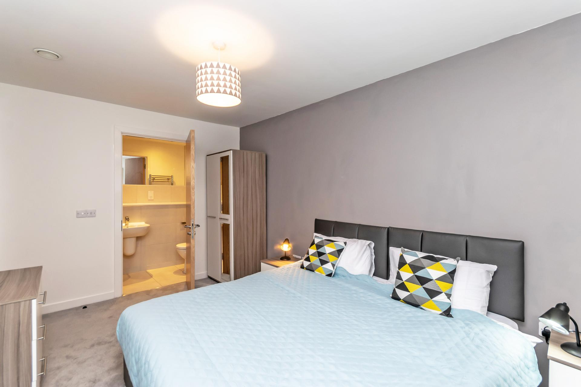 Bed at Halo House Serviced Apartments, Green Quarter, Manchester - Citybase Apartments