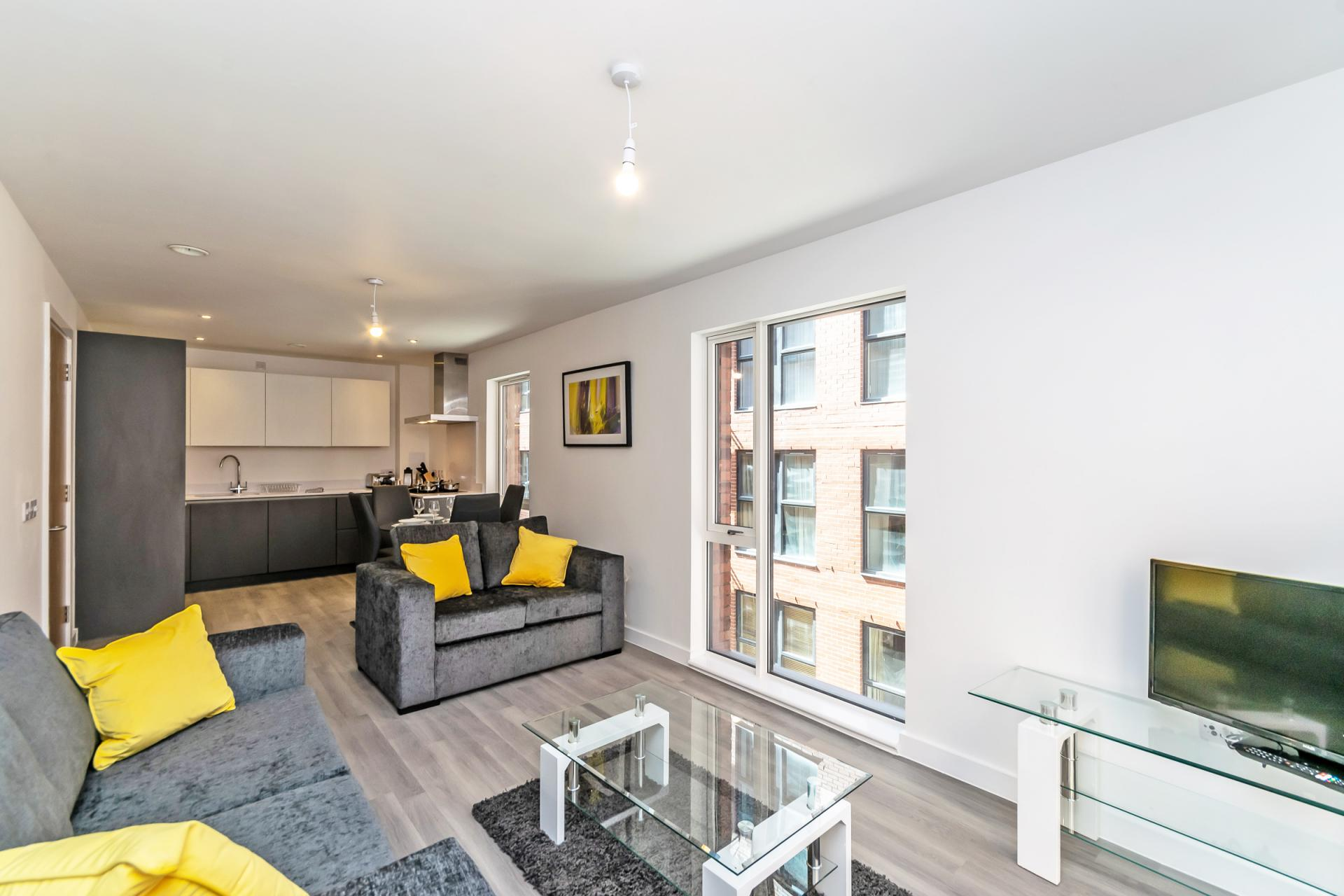 Open plan at Halo House Serviced Apartments, Green Quarter, Manchester - Citybase Apartments