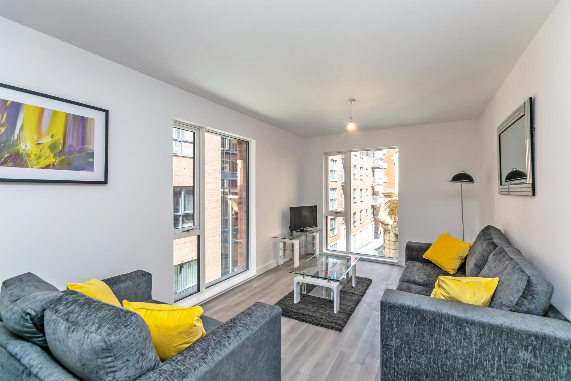 Living area at Halo House Serviced Apartments, Green Quarter, Manchester - Citybase Apartments