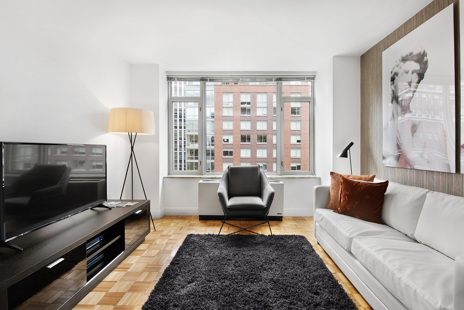 TV at Tribeca Green Corporate Housing - Citybase Apartments