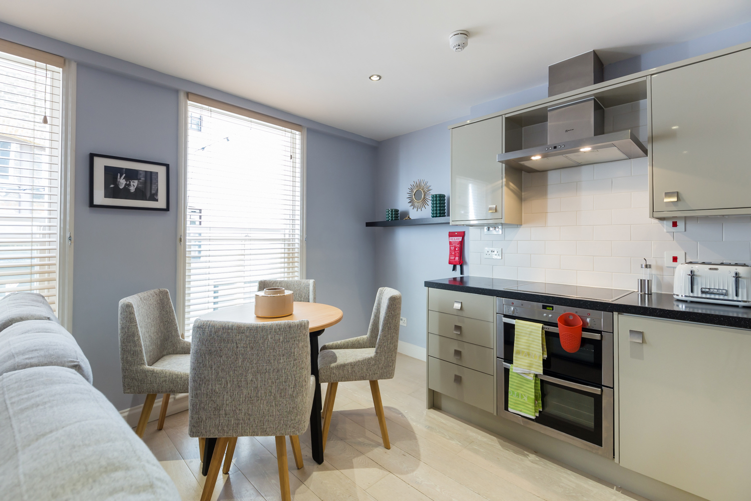 Dining area at Covent Garden Serviced Apartments - Citybase Apartments