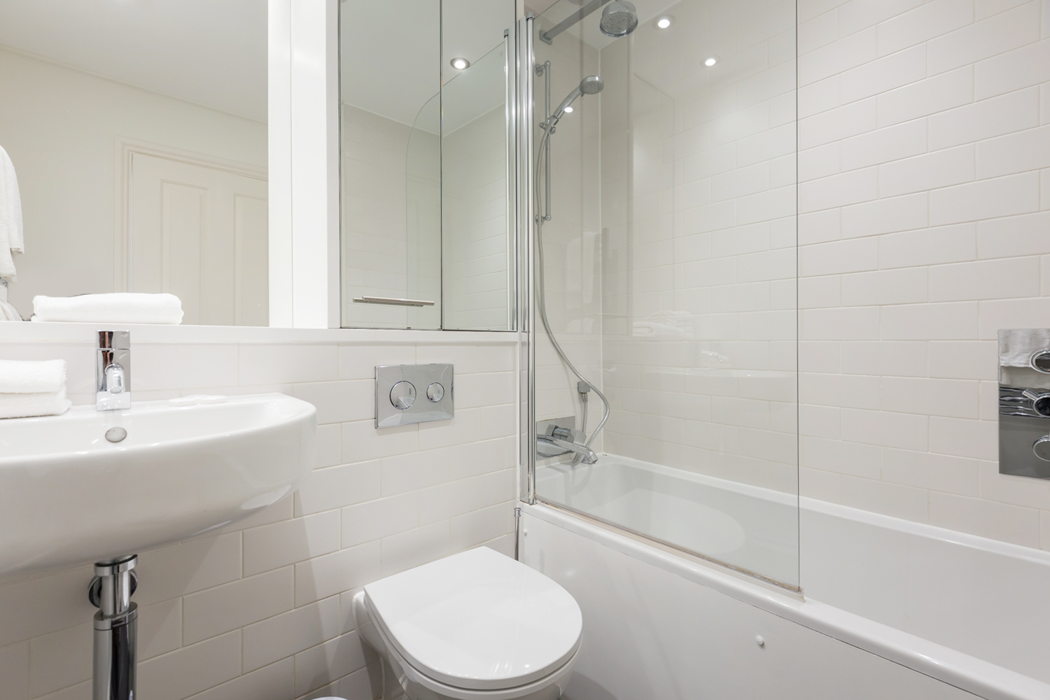 Shower at Covent Garden Serviced Apartments - Citybase Apartments