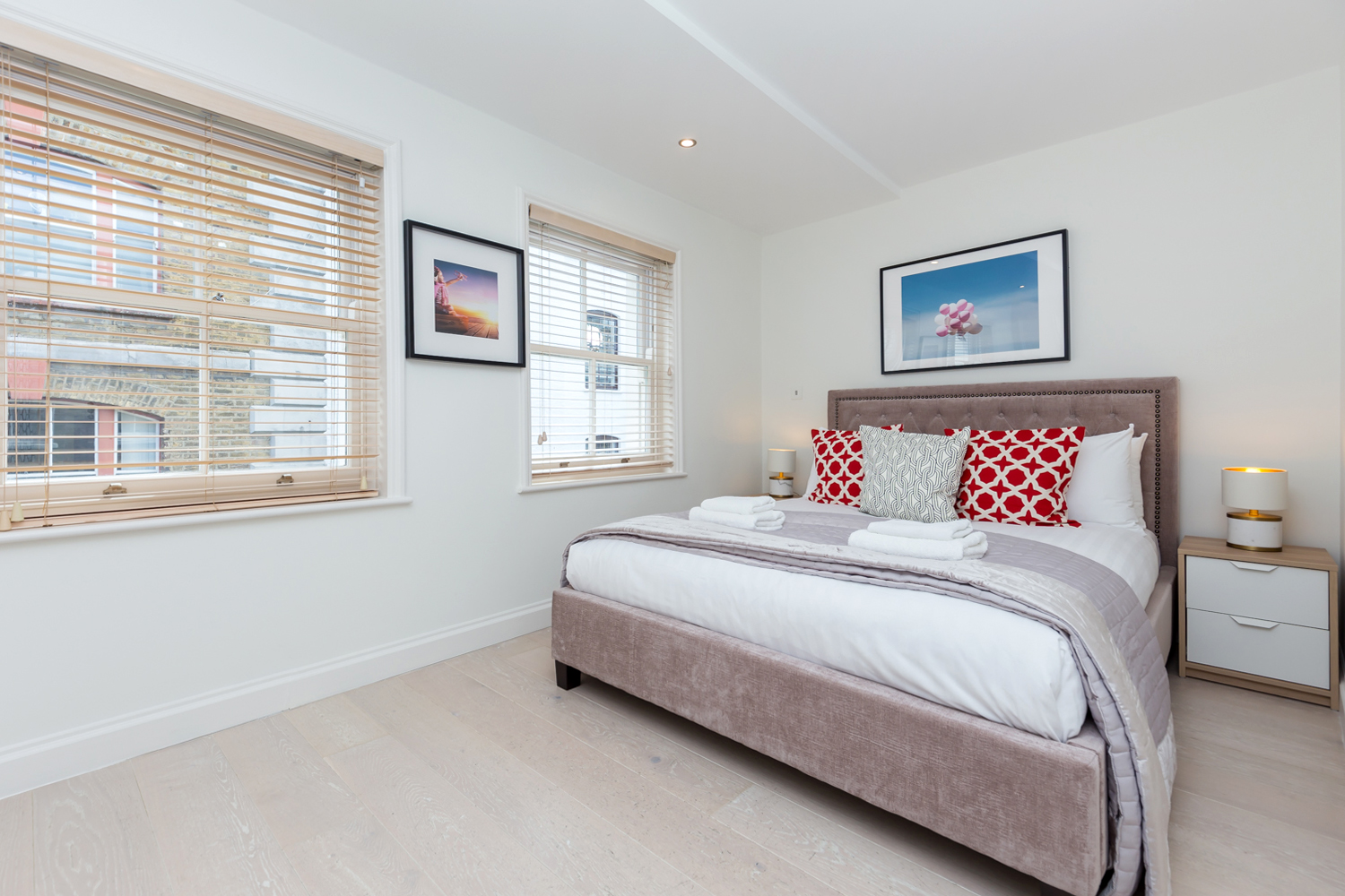 Spacious bedroom at Covent Garden Serviced Apartments - Citybase Apartments