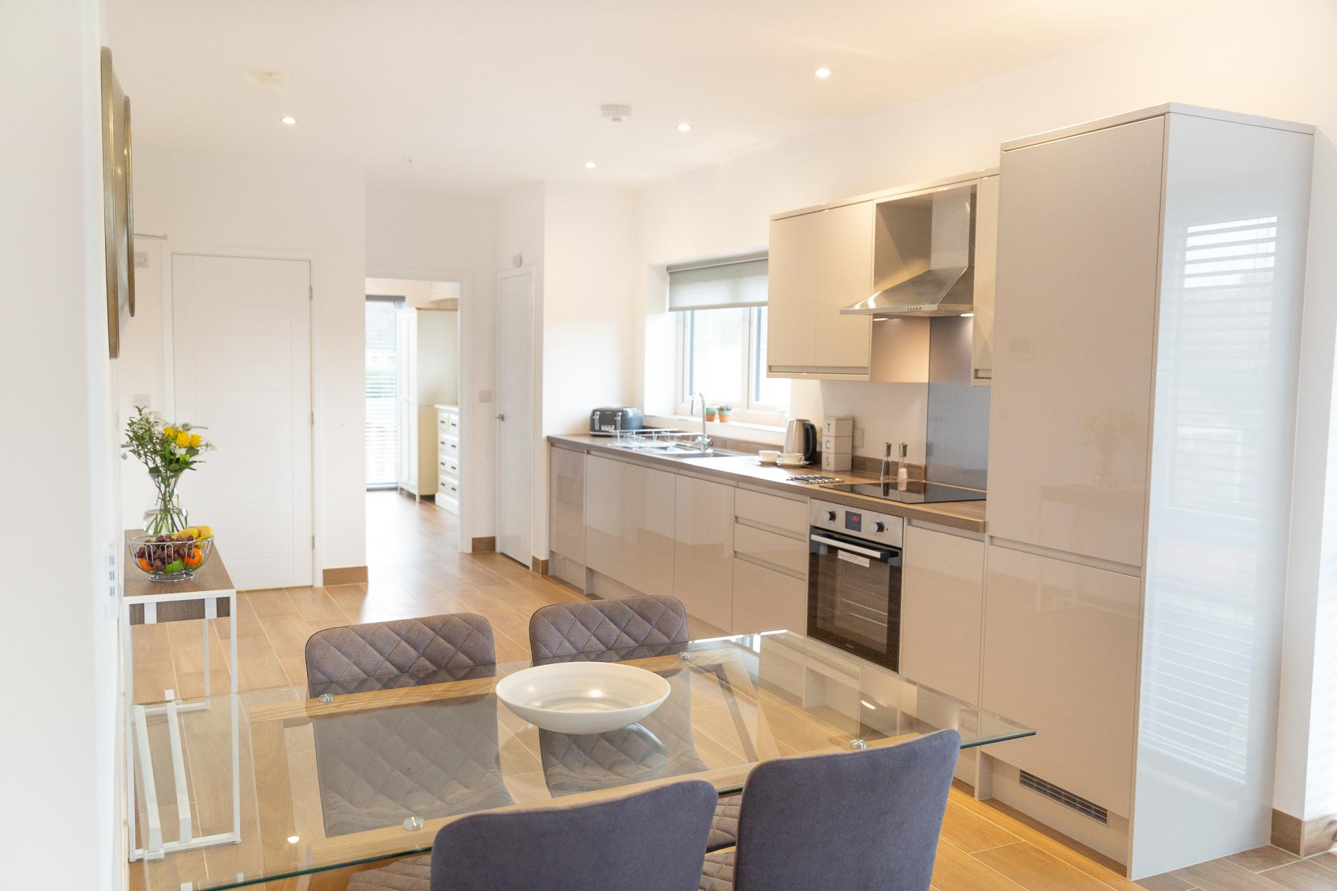 Bright kitchen at Franklin House Apartments, King's Hedges, Cambridge - Citybase Apartments