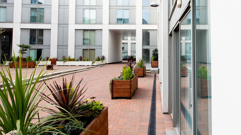 Exterior at The Spires Birmingham - Citybase Apartments