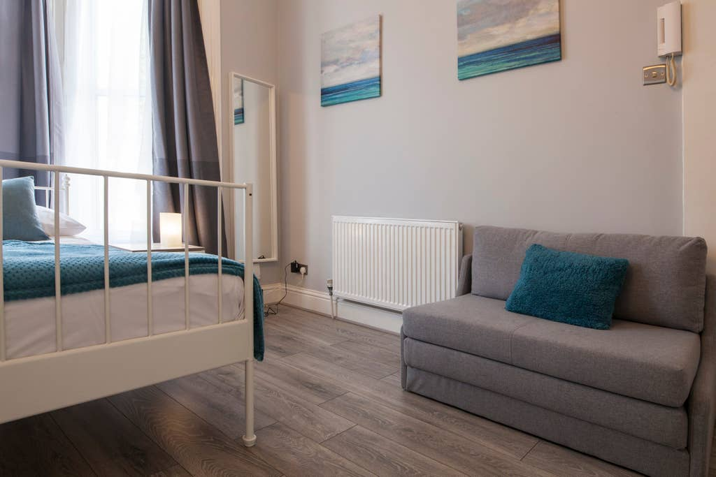 Living room at West London Serviced Apartments - Citybase Apartments