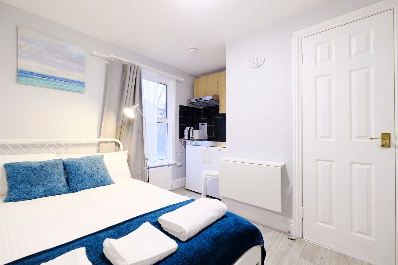 Bedroom at West London Serviced Apartments - Citybase Apartments