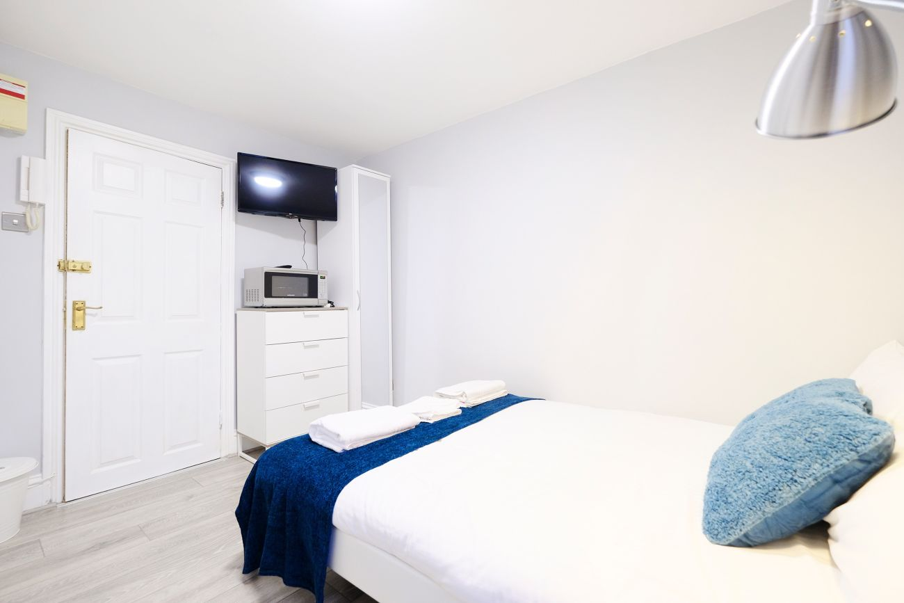 Modern bedroom at West London Serviced Apartments - Citybase Apartments