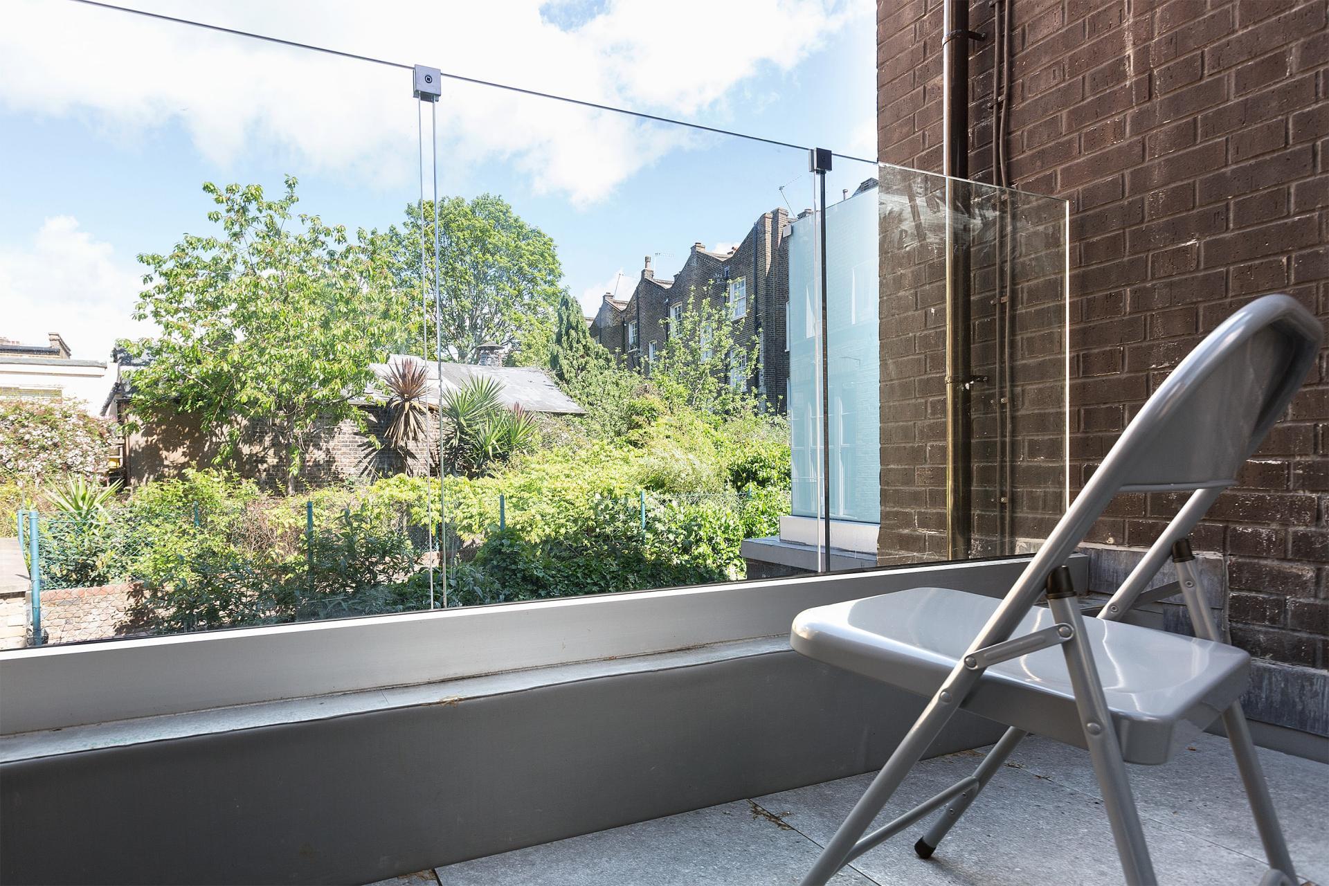 Balcony at Heart of Camden Apartments - Citybase Apartments