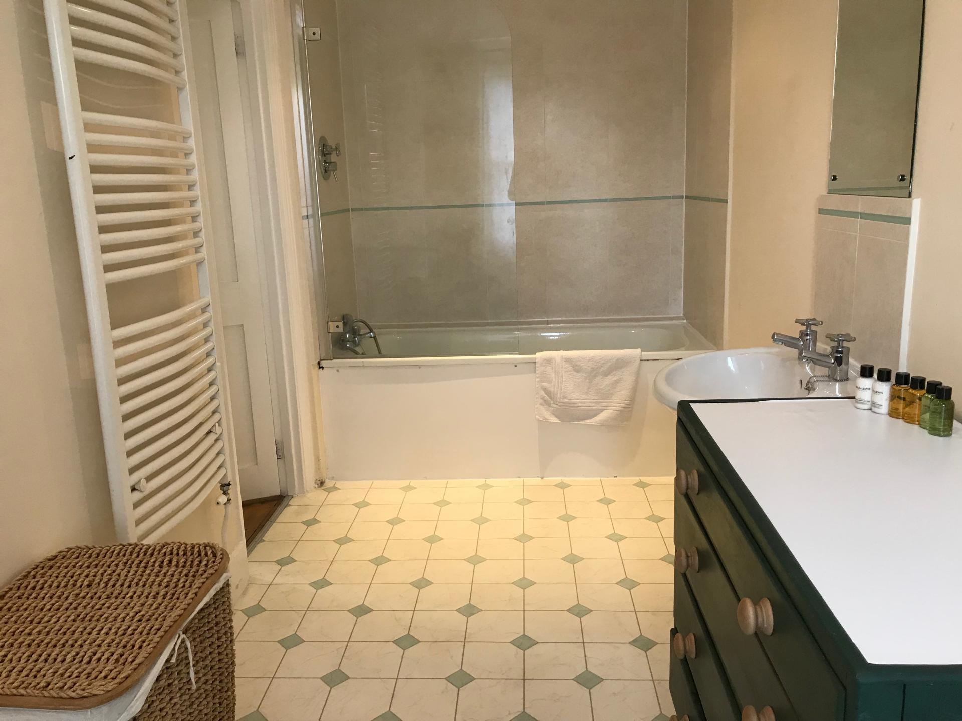 Bathroom at Abbey Road Apartment - Citybase Apartments