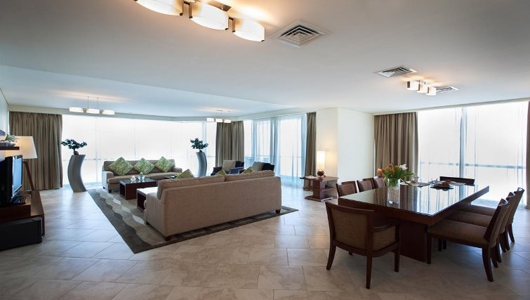 Spacious living area in JA Oasis Beach Tower - Citybase Apartments