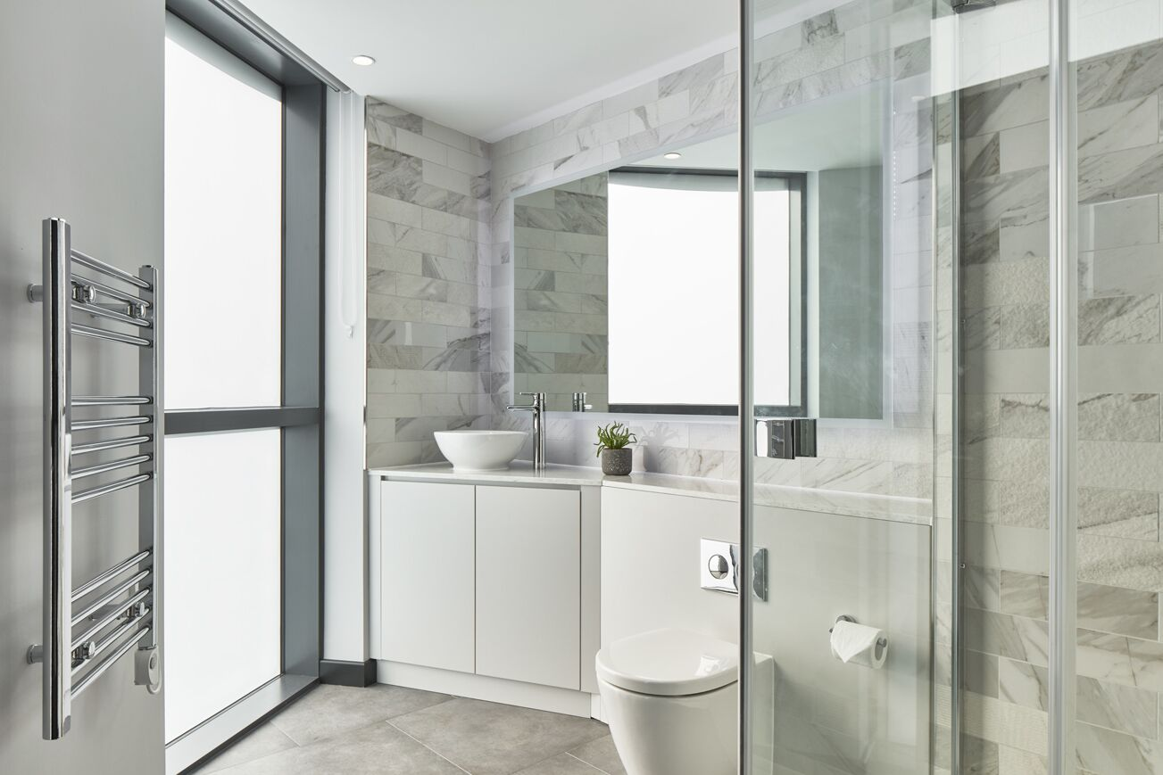 Modern bathroom at Crossharbour Plaza Apartments, Isle of Dogs, London - Citybase Apartments