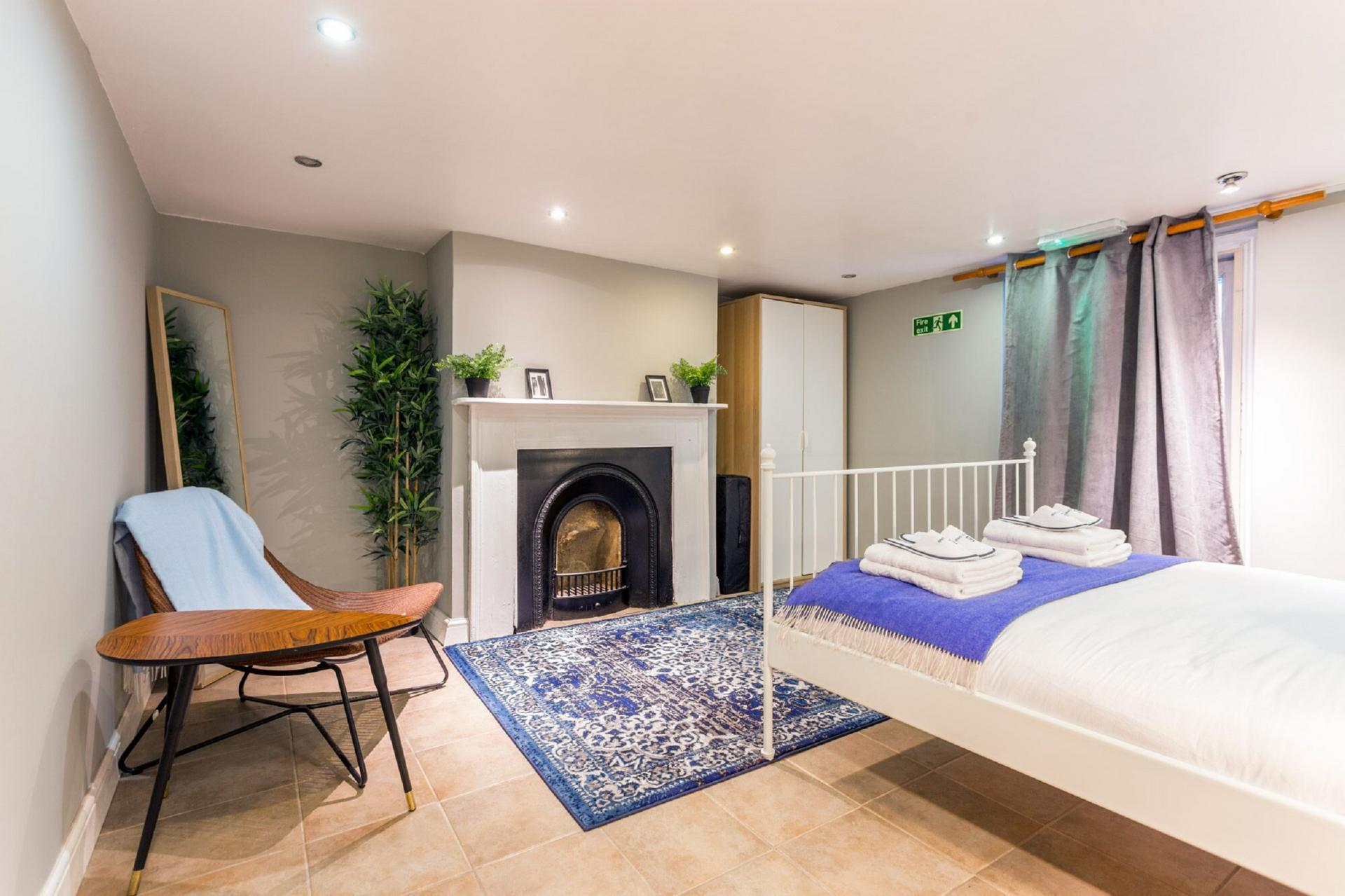 Fireplace at The River Cam Place, Centre, Cambridge - Citybase Apartments