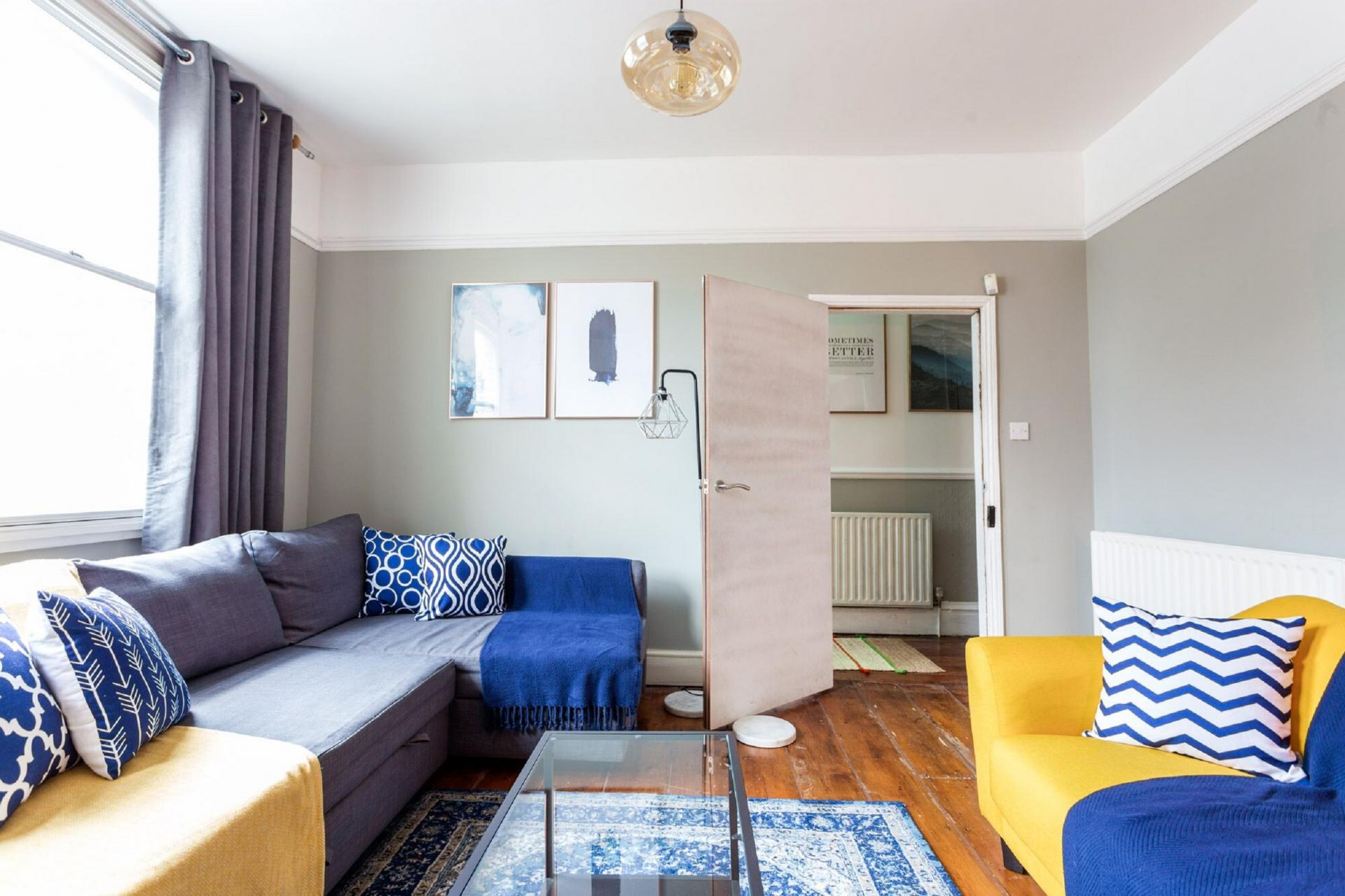 Lounge at The River Cam Place, Centre, Cambridge - Citybase Apartments