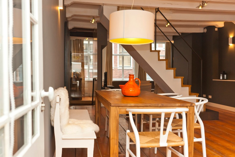 Dining table at Jordaan Herenstraat Apartment, Amsterdam - Citybase Apartments