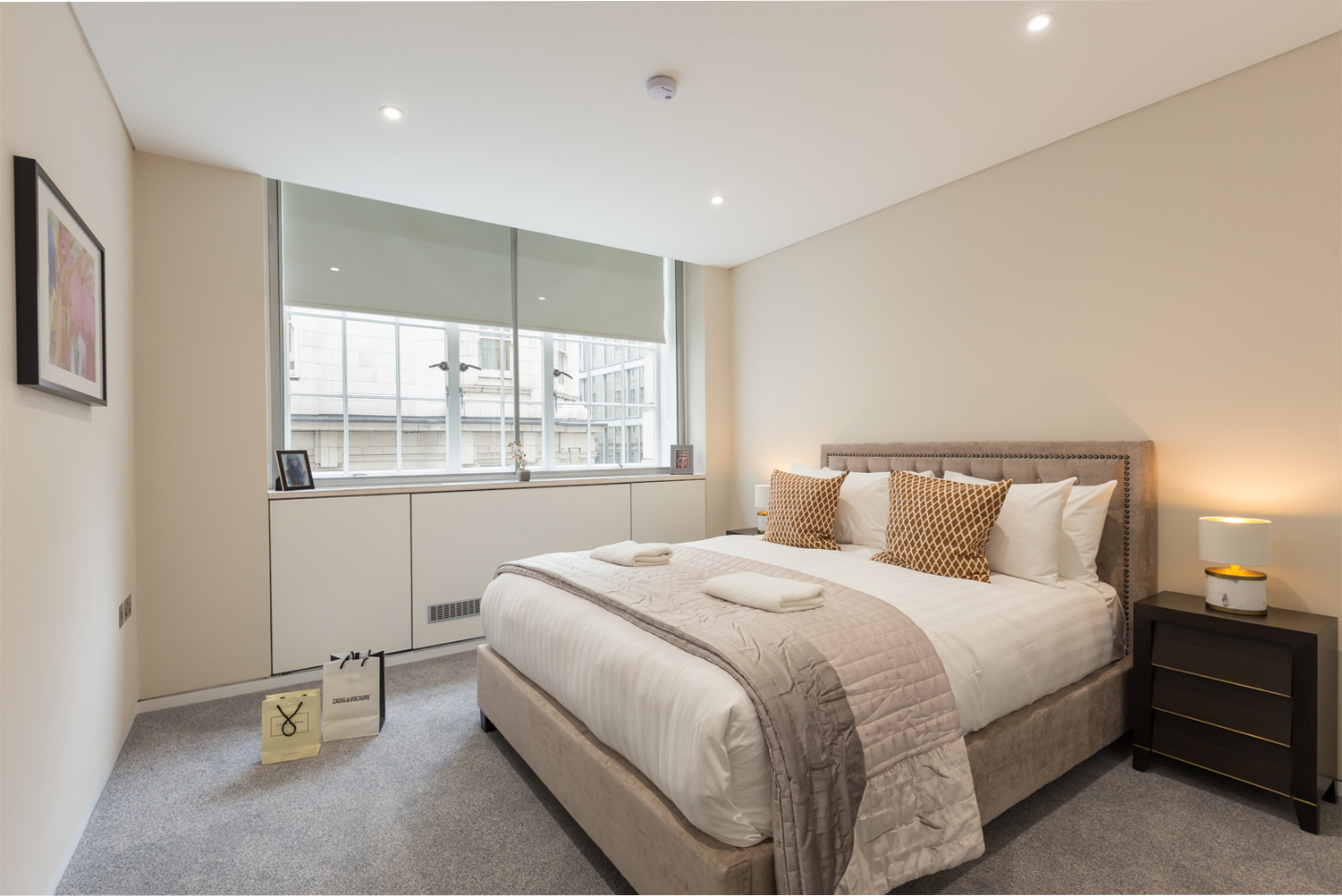 Double bed at Exeter Apartments - Citybase Apartments