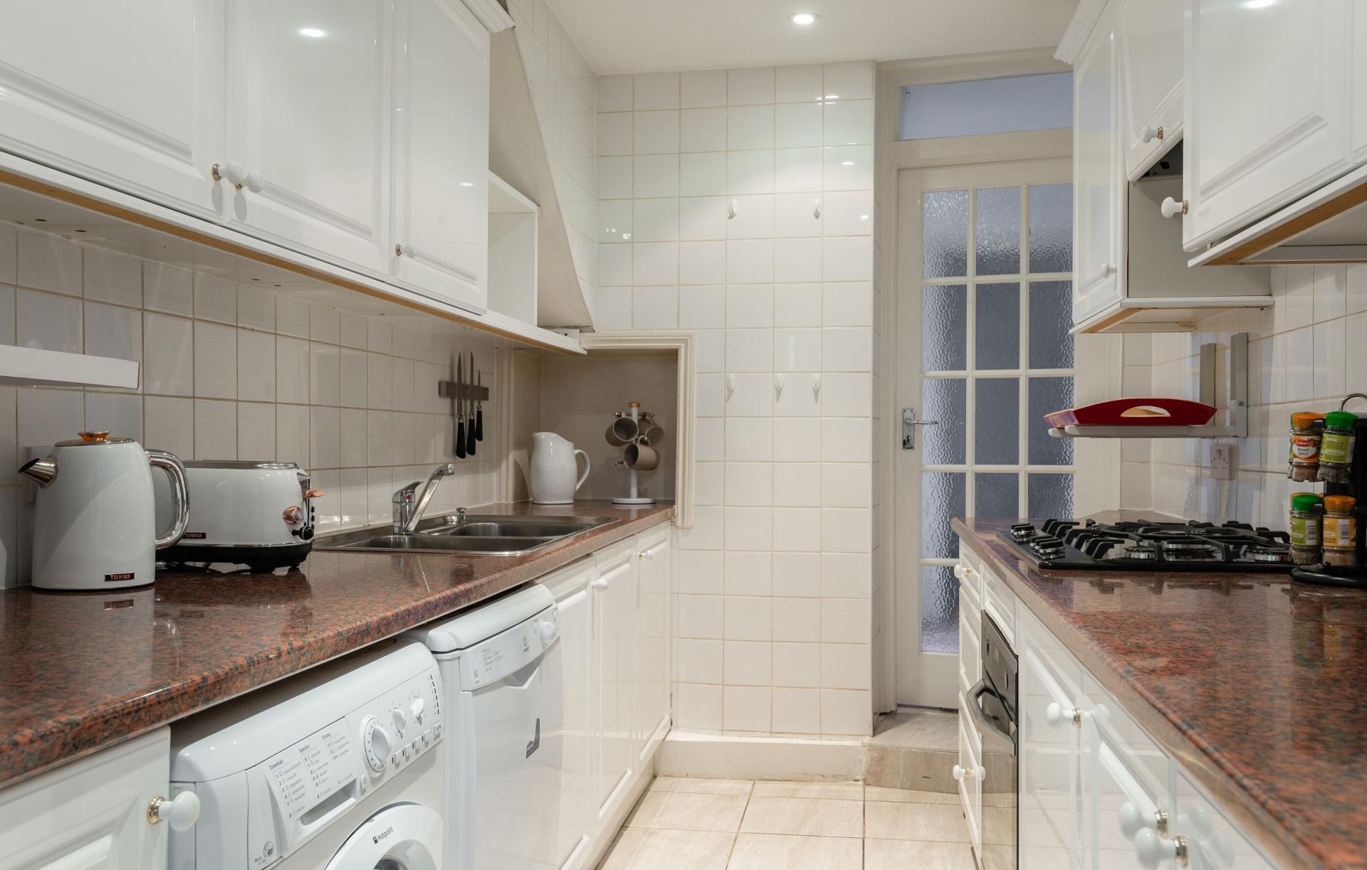 Kitchen at The Kensington Palace Mews, Kensington, London - Citybase Apartments