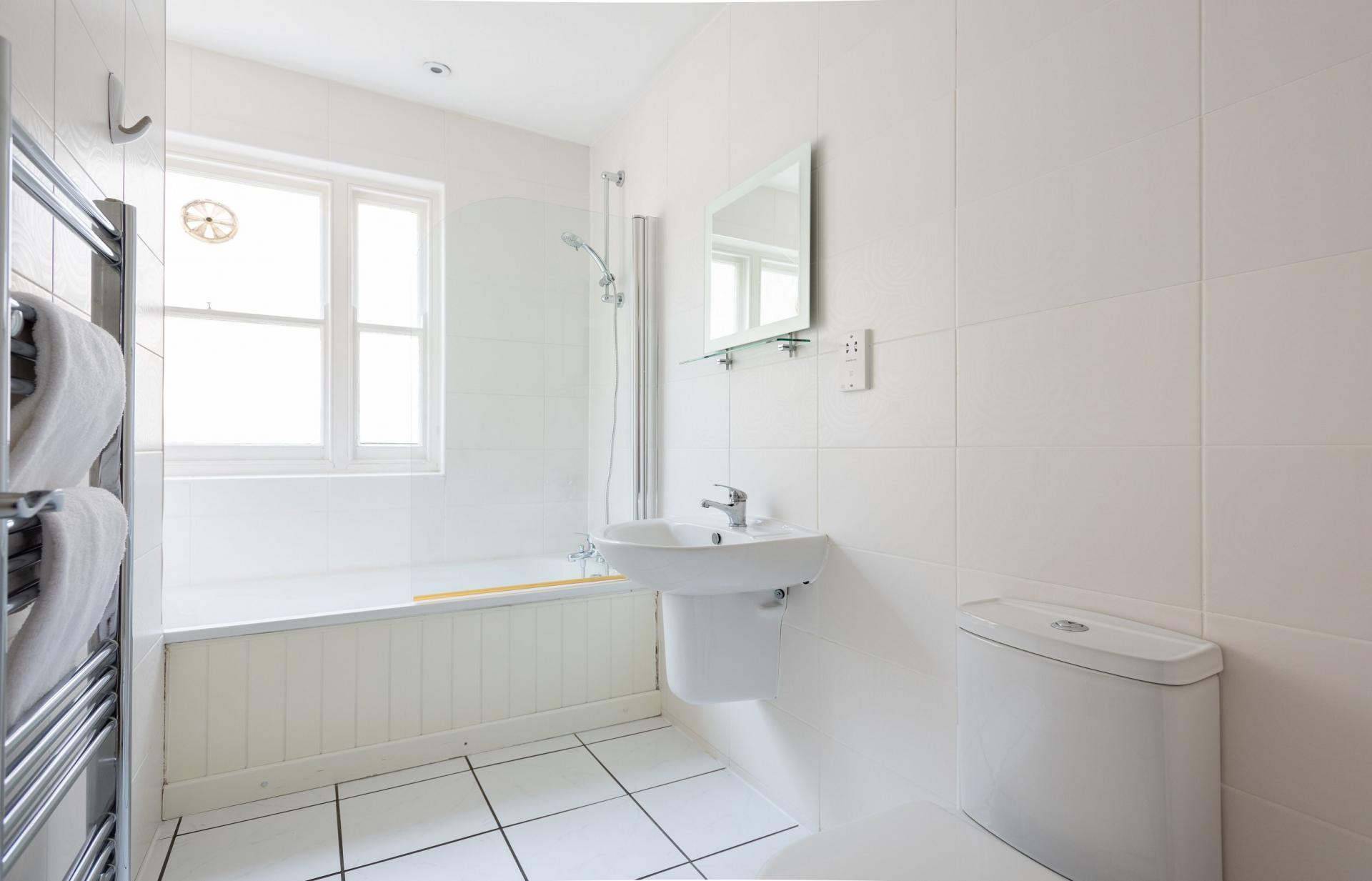 Bathroom at The Kensington Palace Mews, Kensington, London - Citybase Apartments