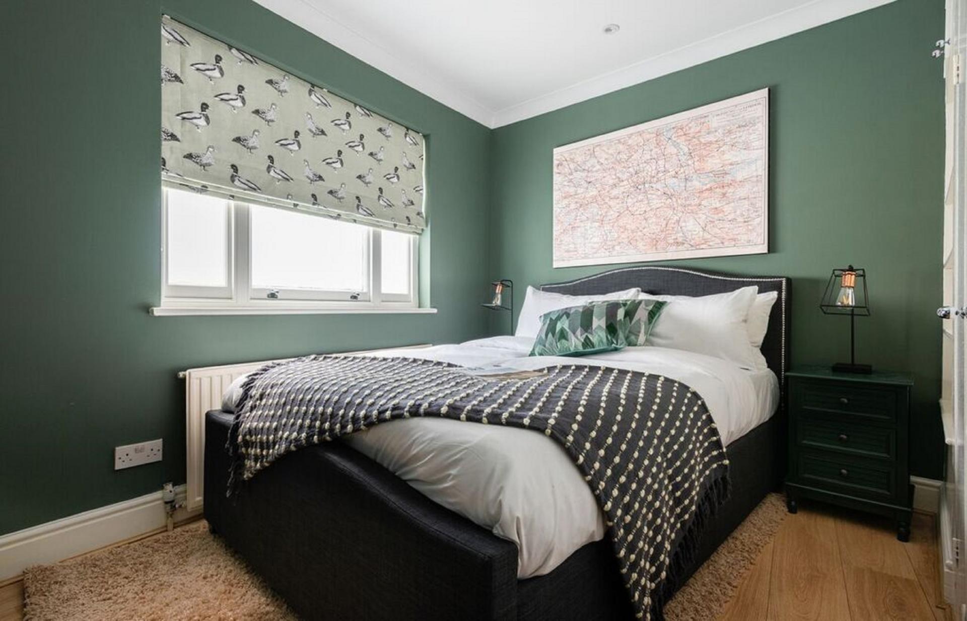 Green walls at The Kensington Palace Mews, Kensington, London - Citybase Apartments