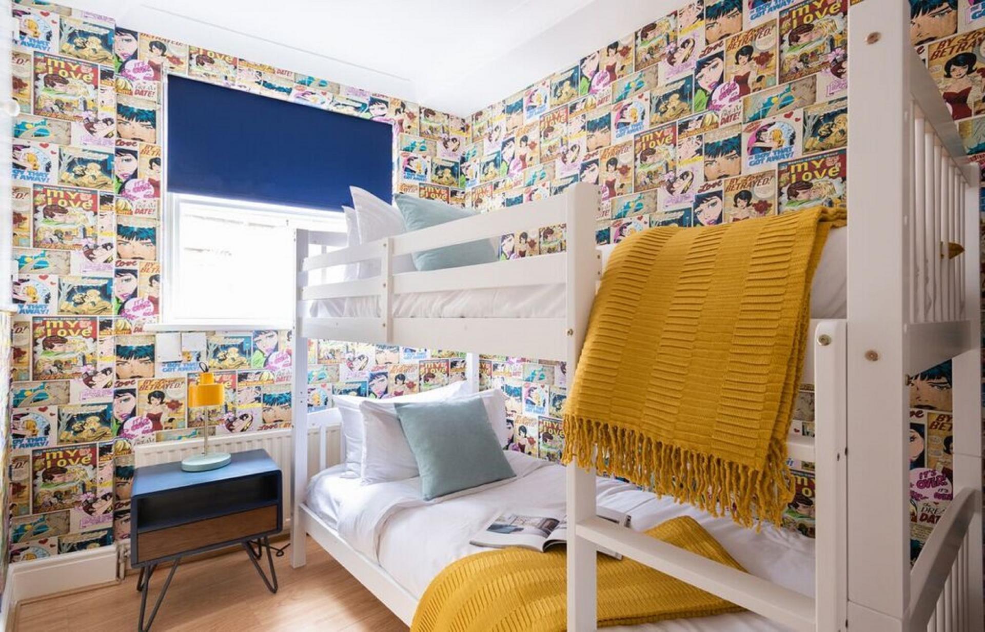 Bunk beds at The Kensington Palace Mews, Kensington, London - Citybase Apartments