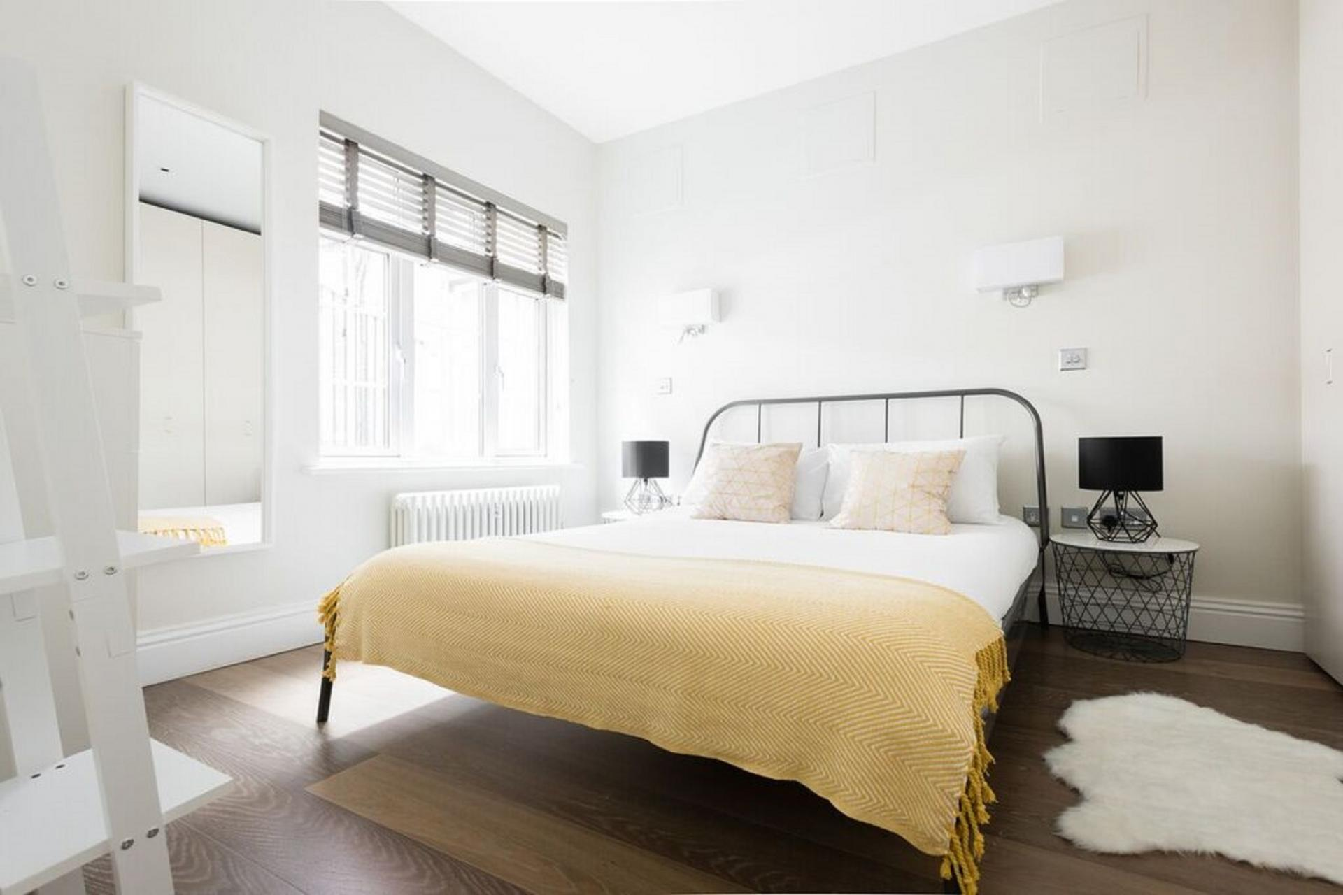 Double bedroom at The Soho Studio Apartment, Paddington, London - Citybase Apartments