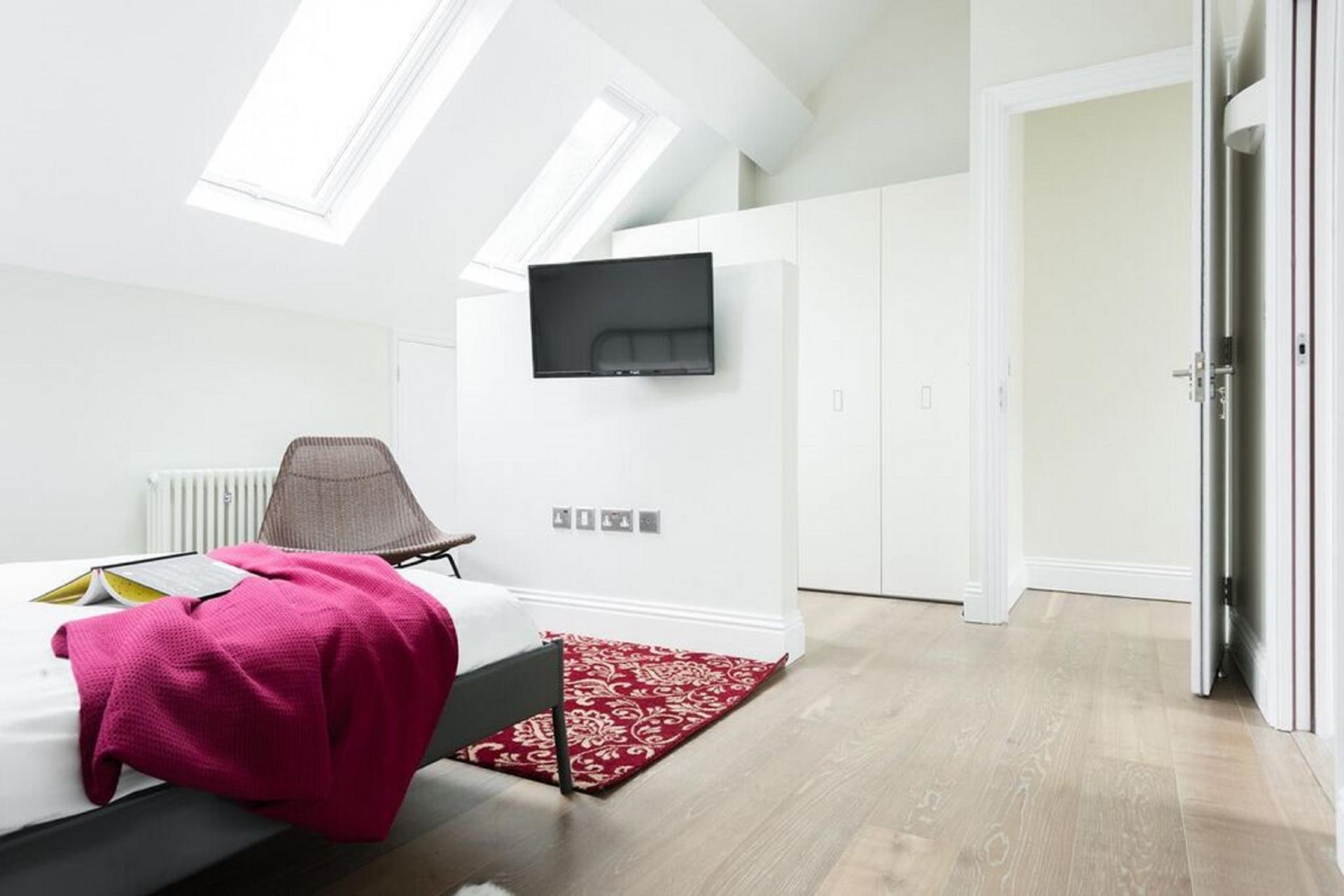 Spacious double room at The Soho Studio Apartment, Paddington, London - Citybase Apartments