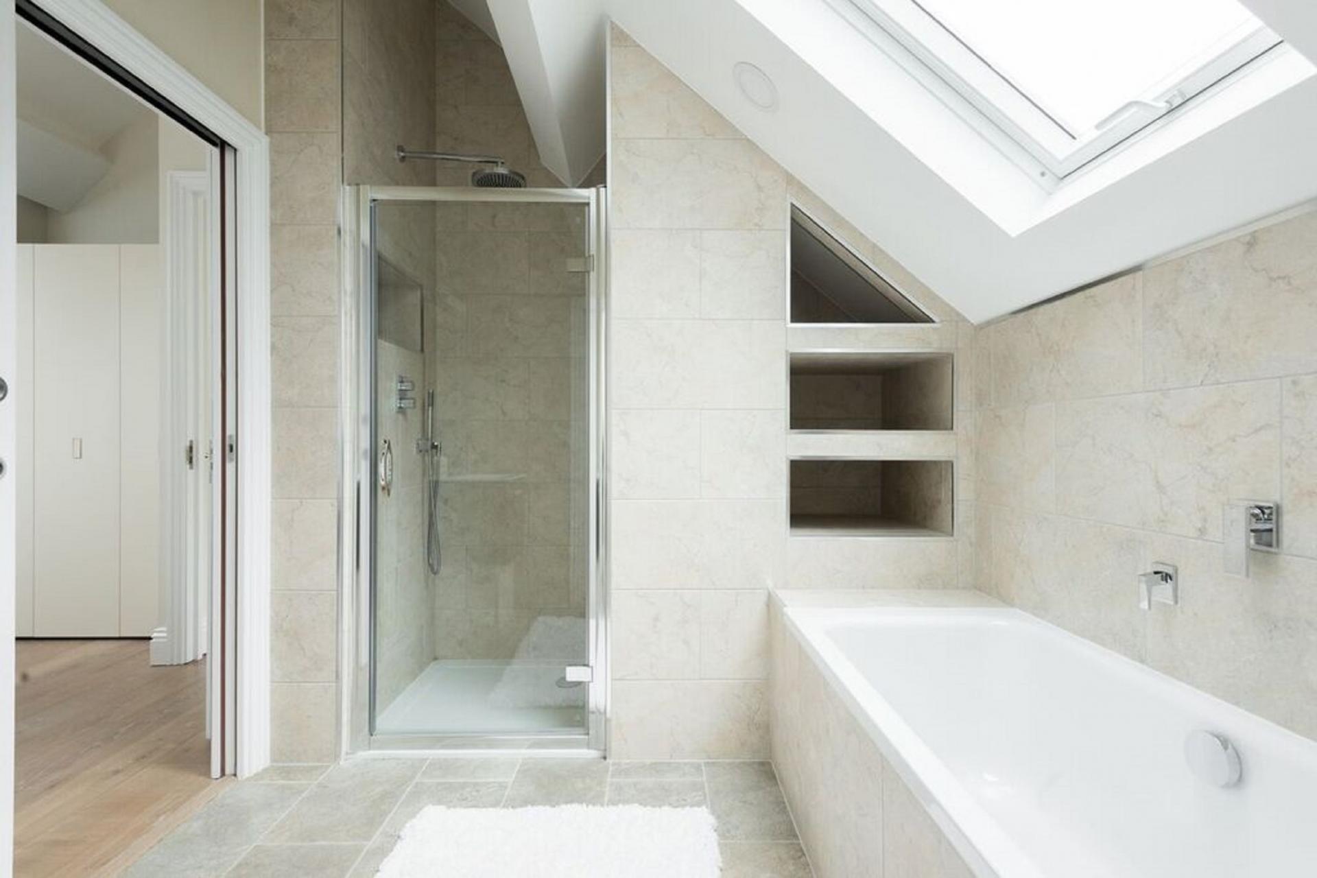 Shower at The Soho Studio Apartment, Paddington, London - Citybase Apartments