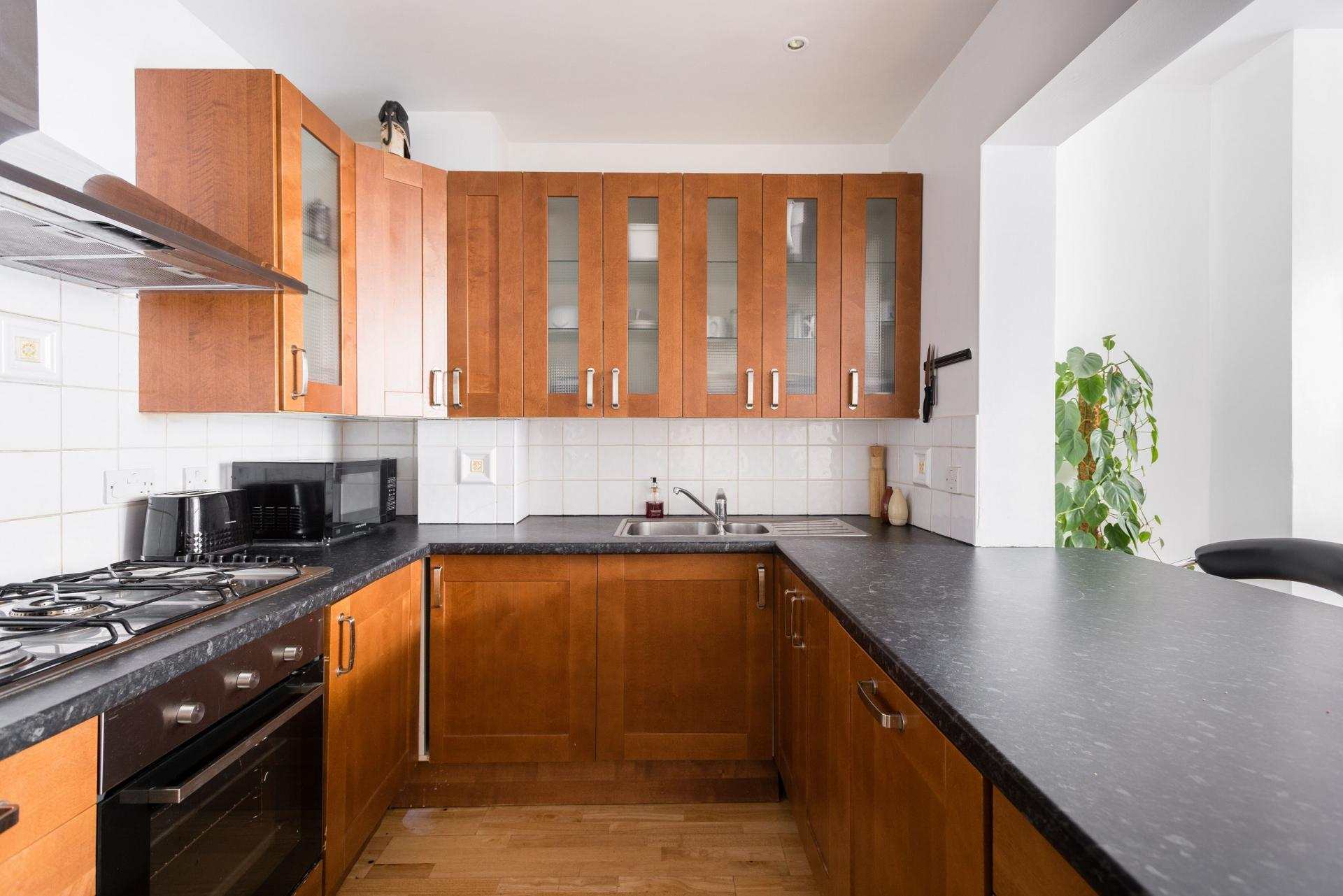 Kitchen at The Bayswater Gardens House, Bayswater, London - Citybase Apartments