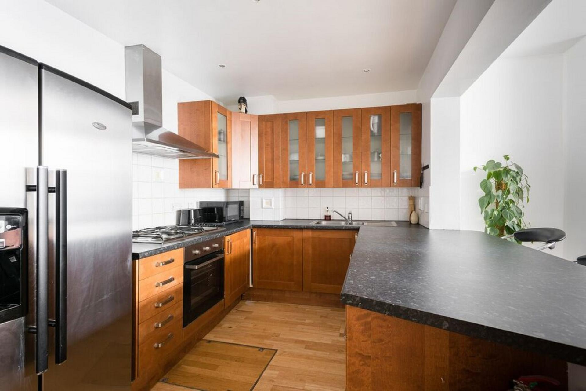 Fully equipped kitchen at The Bayswater Gardens House, Bayswater, London - Citybase Apartments