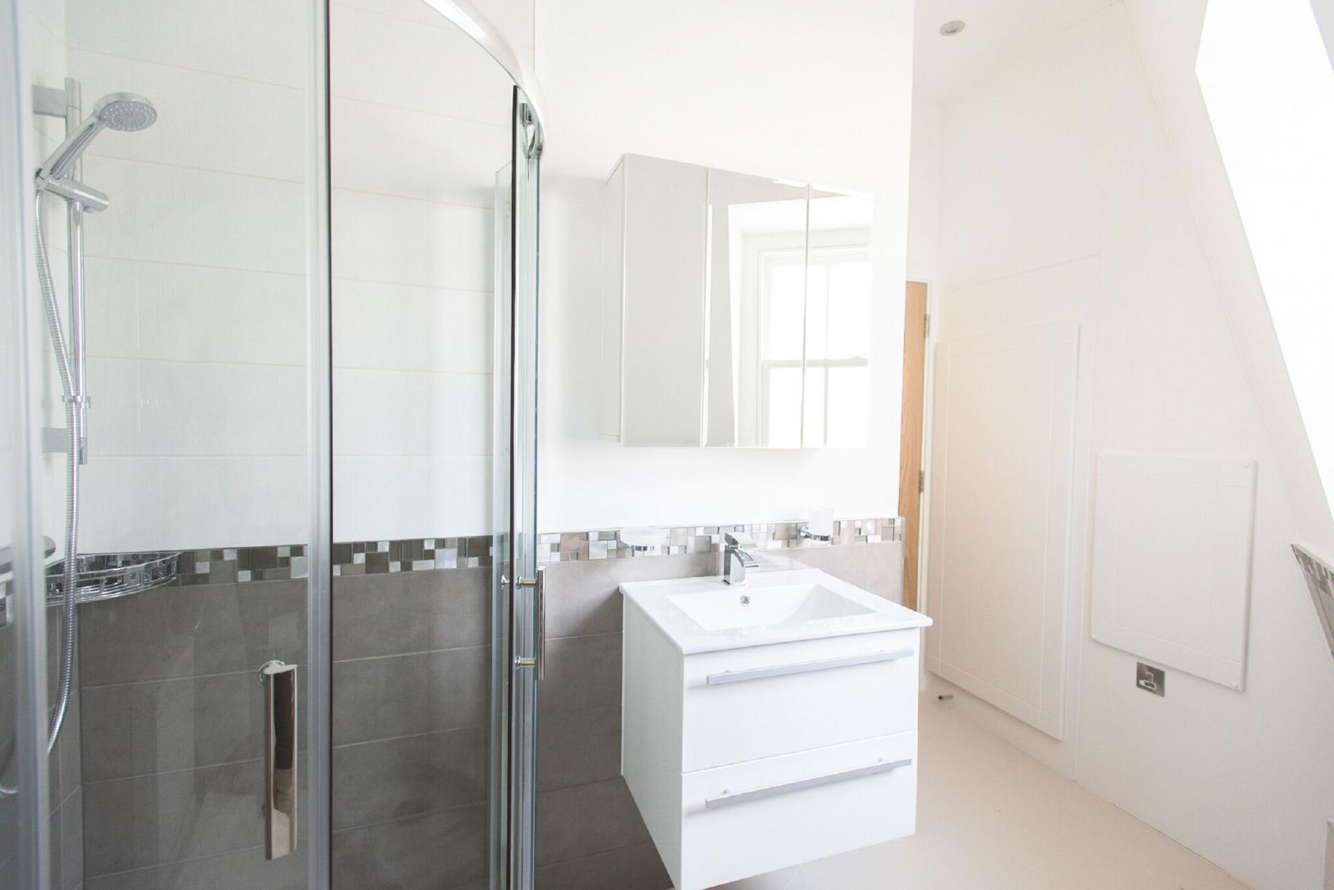Shower at The Soho Loft, Mayfair, London - Citybase Apartments