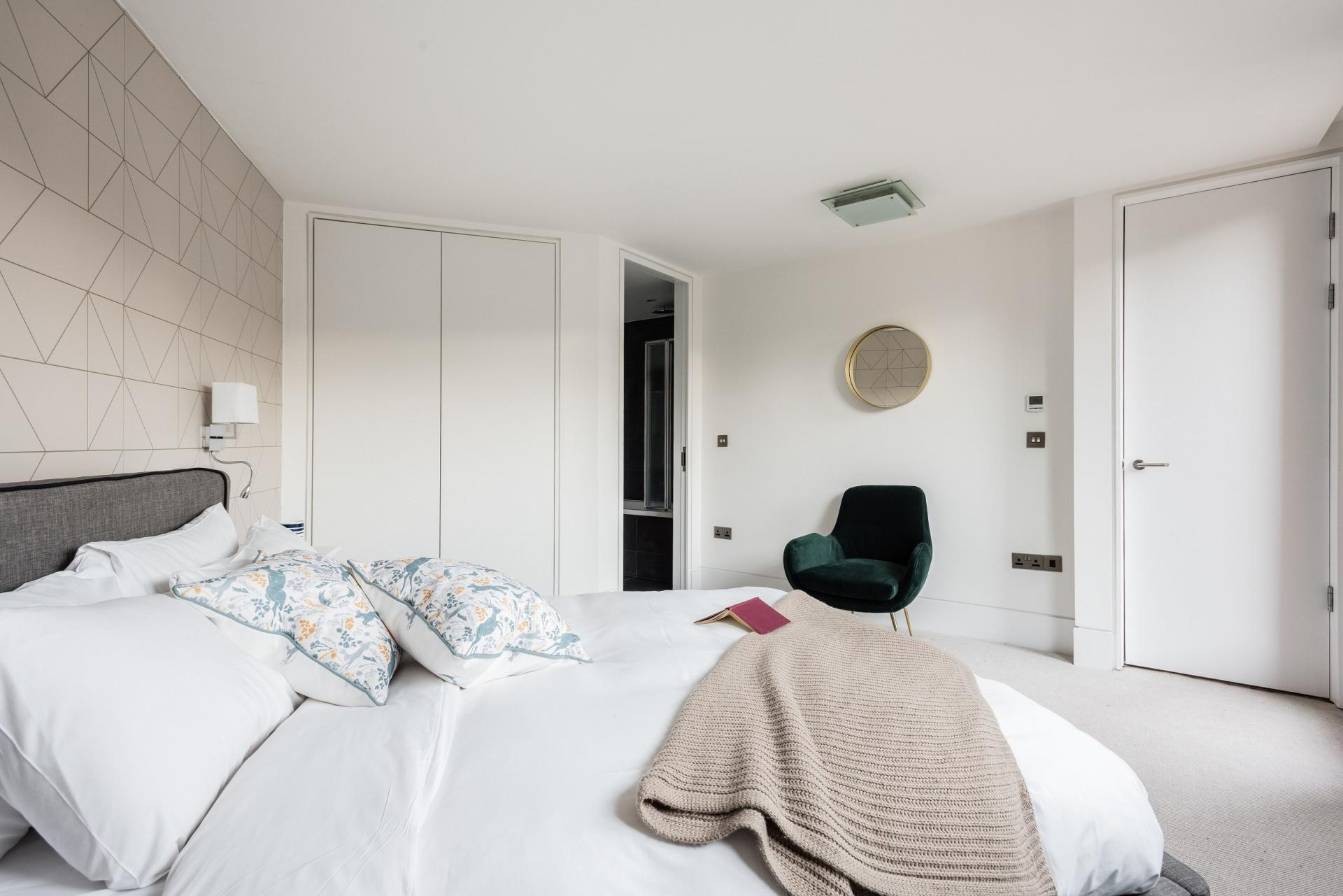 Wardrobe at The Camden Chalet, Camden, London - Citybase Apartments