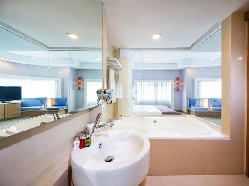 Sink at Village Hotel Changi, Loyang, Singapore - Citybase Apartments