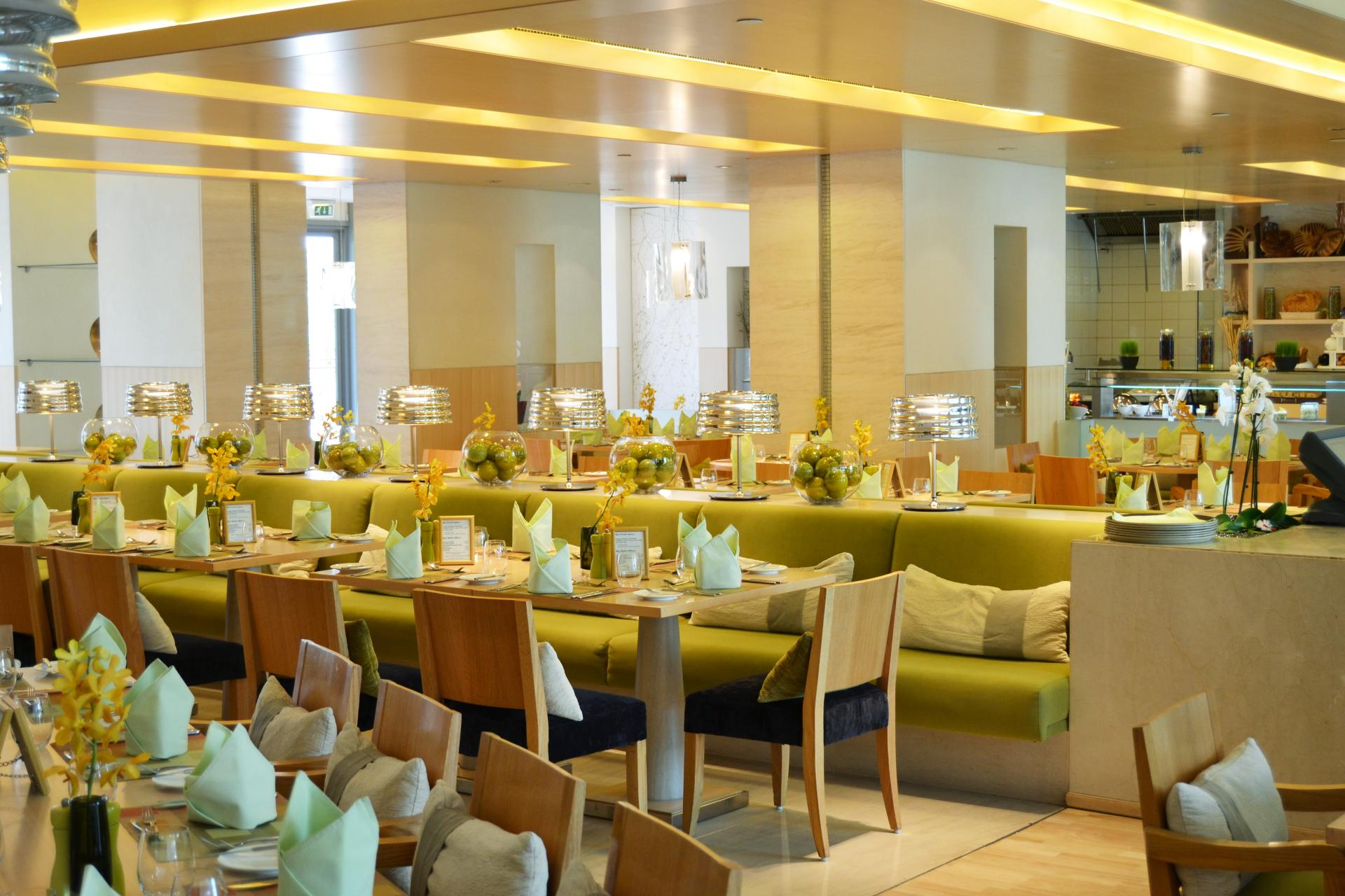 Restaurant at Park Arjaan Apartments - Citybase Apartments