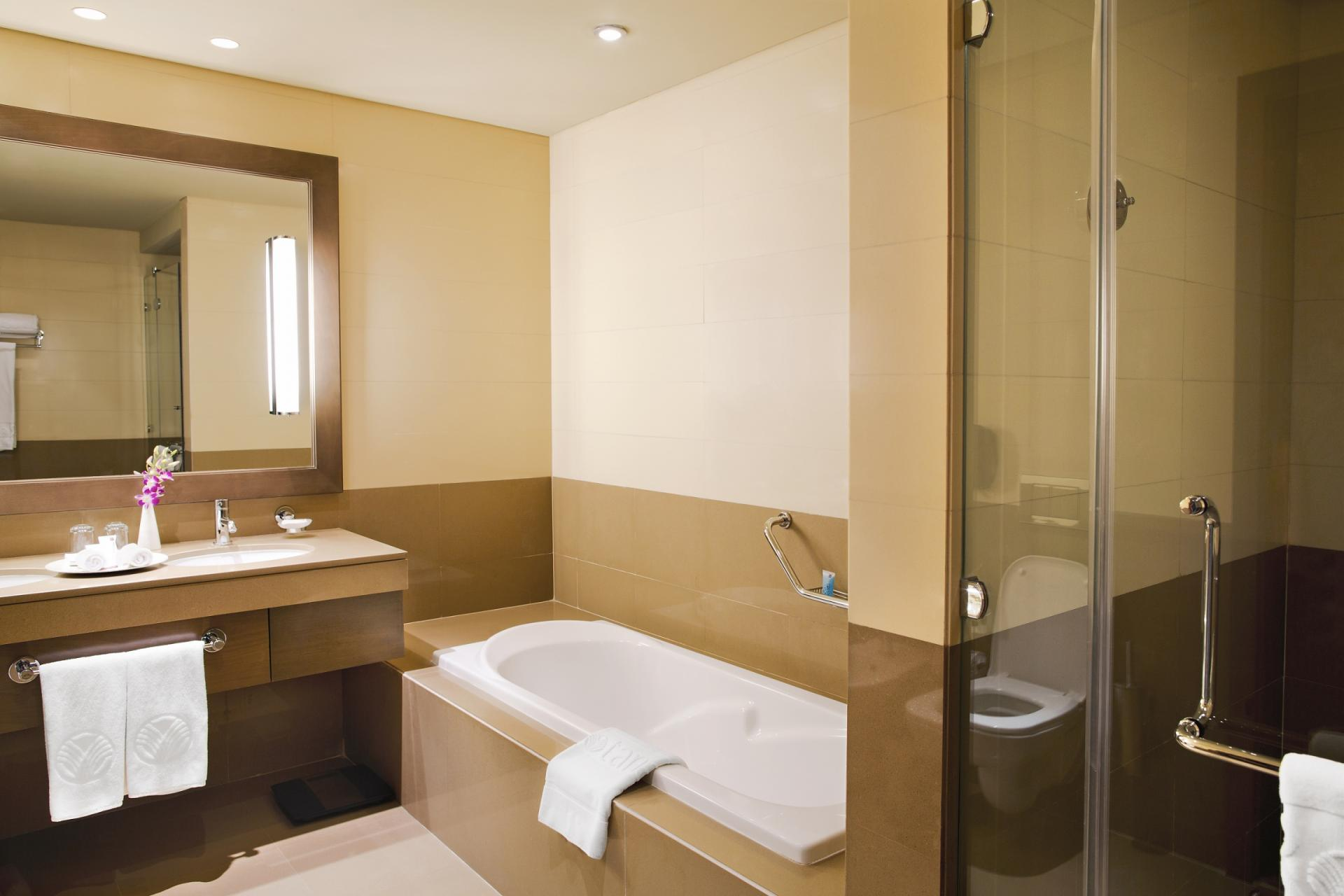 Bathroom in Park Arjaan Apartments - Citybase Apartments