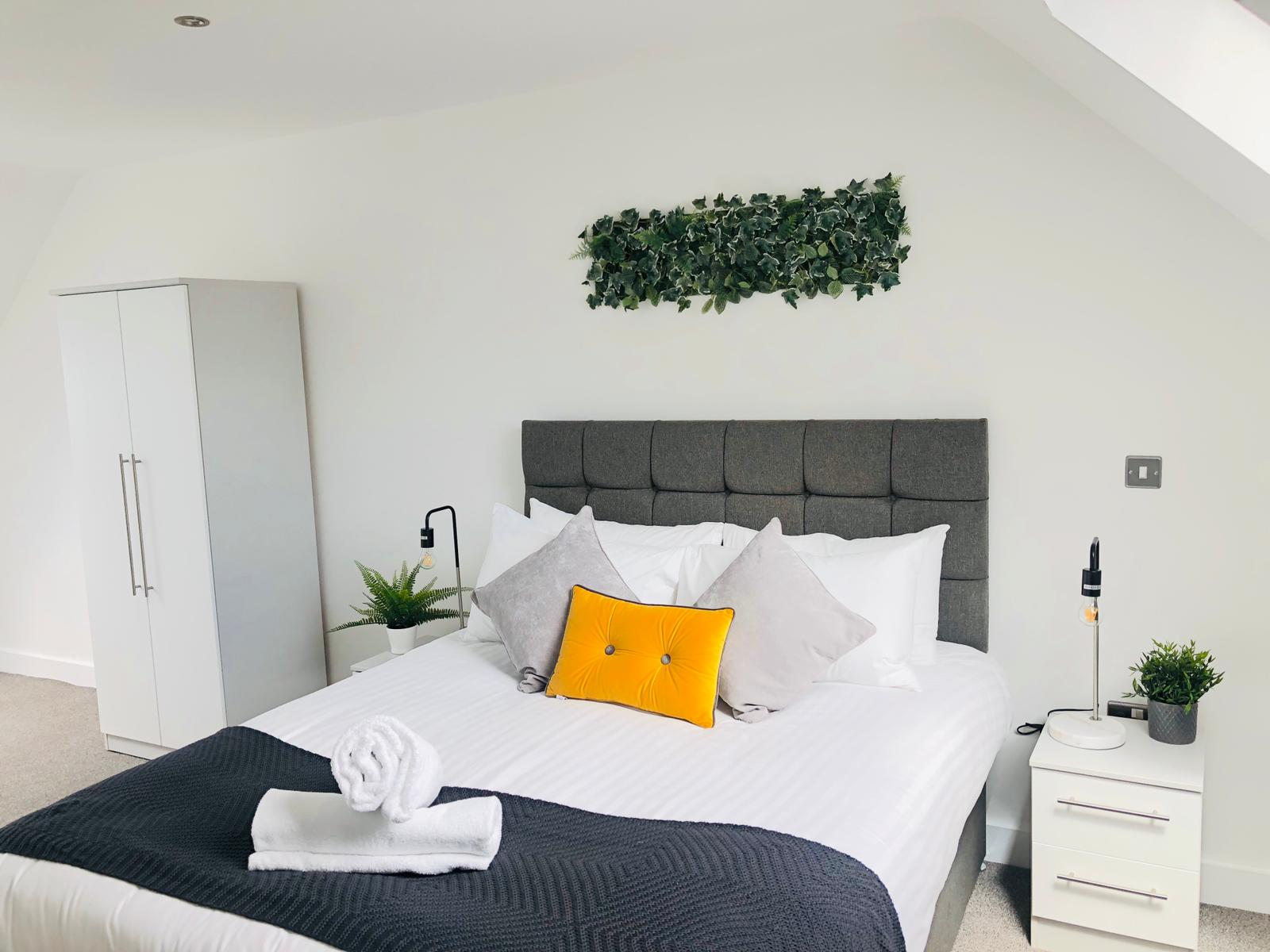 Double at Opulent Luxe Apartments - Citybase Apartments
