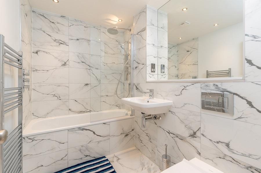 Bathroom at Thistle Street Edinburgh Apartments - Citybase Apartments