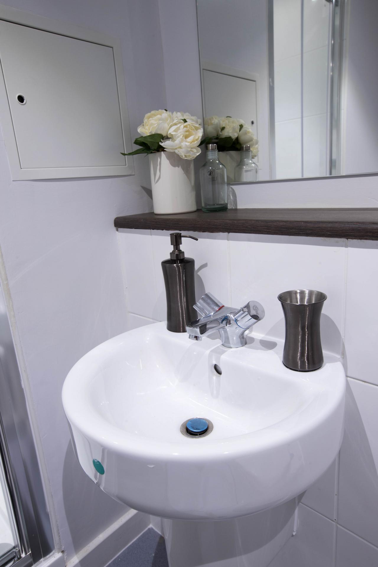Soap at Parker Street Apartments - Citybase Apartments