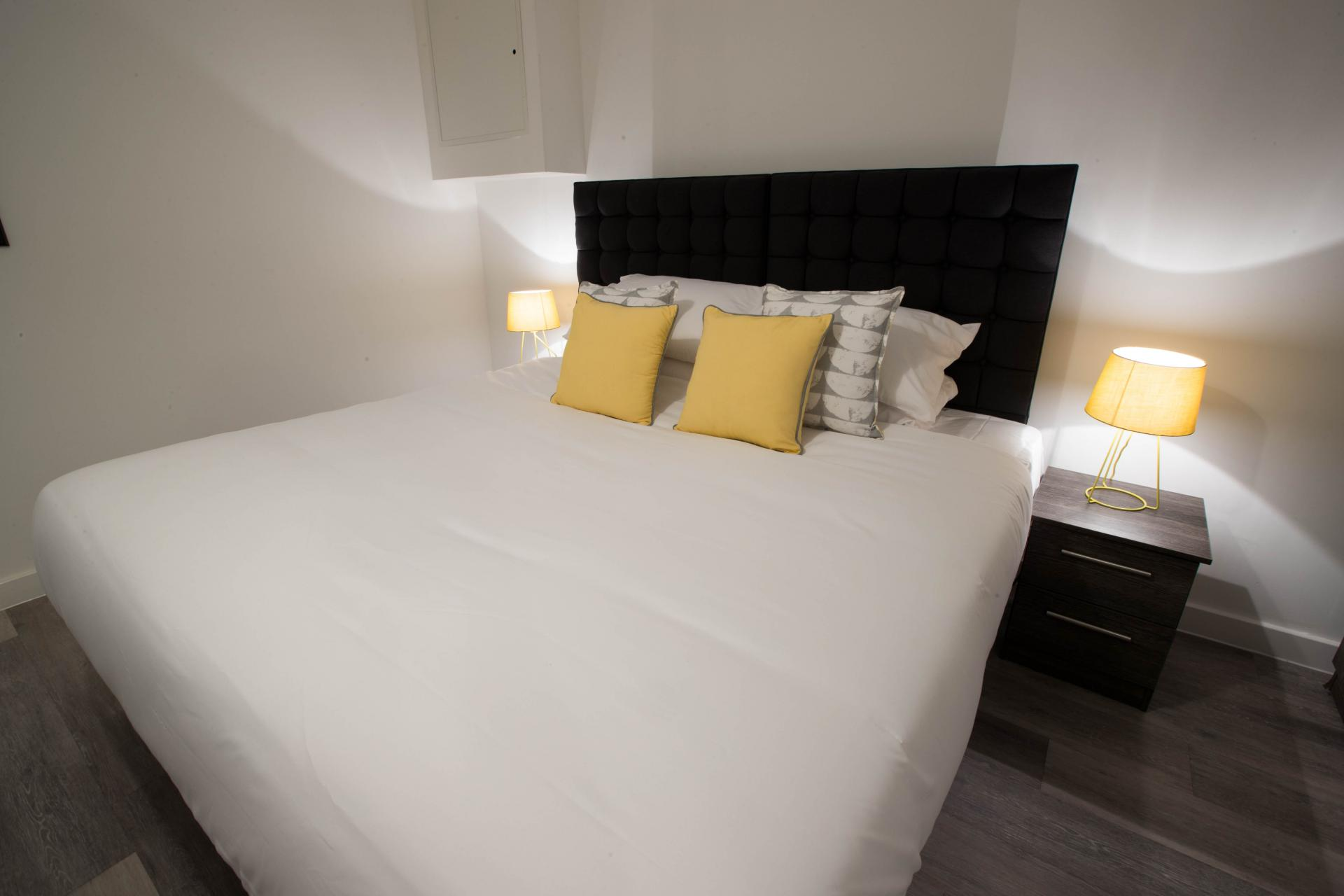 Bedroom at Parker Street Apartments - Citybase Apartments