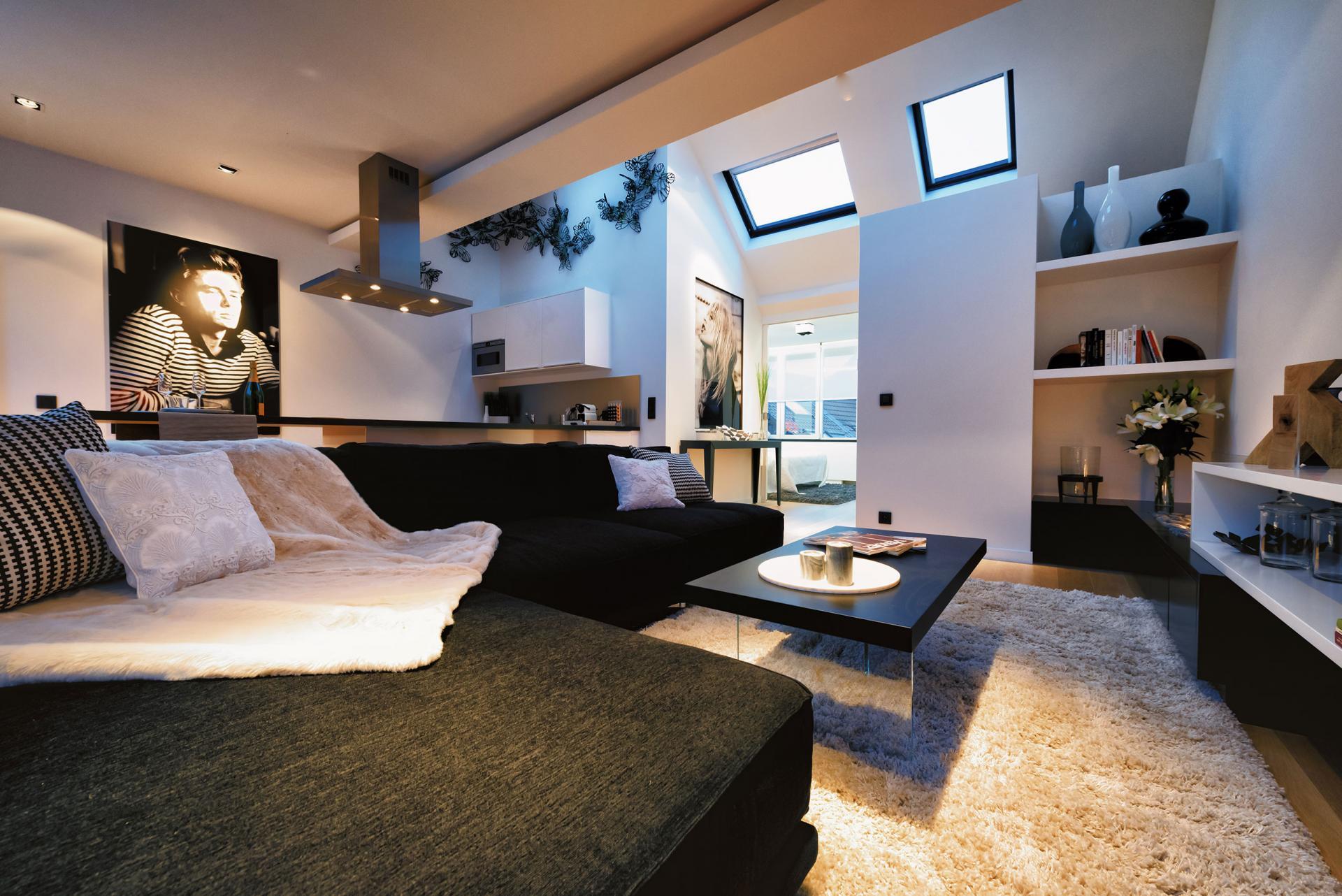 L sofa at Amazone Charles Apartments - Citybase Apartments