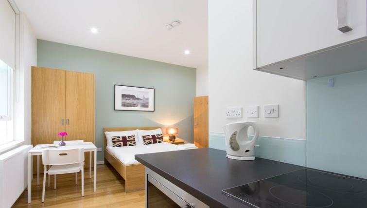 Double studio apartment at Ladbroke Studios and Apartments - Citybase Apartments