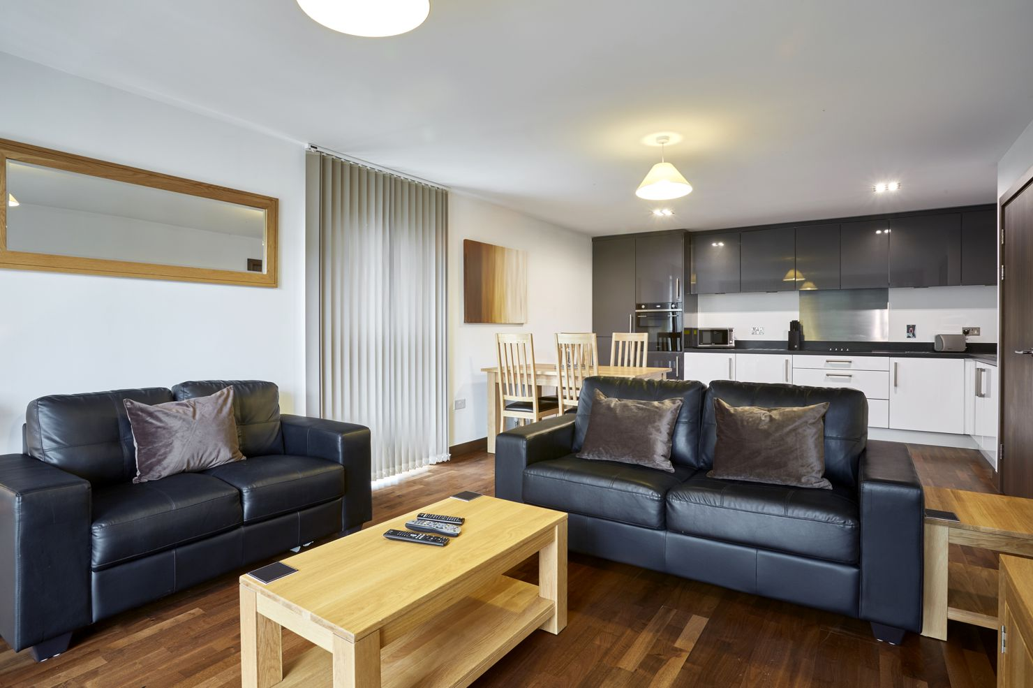 Living room at Kings Island Serviced Apartments - Citybase Apartments