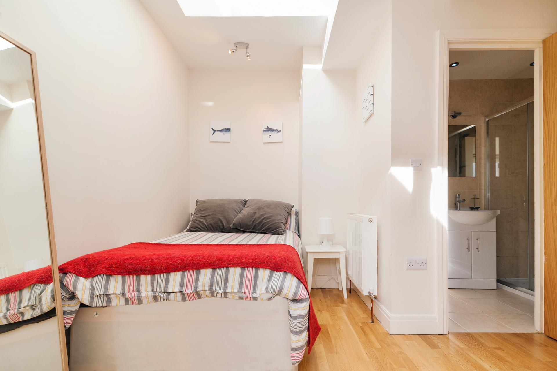 Bedroom at Angel Serviced Apartments - Citybase Apartments
