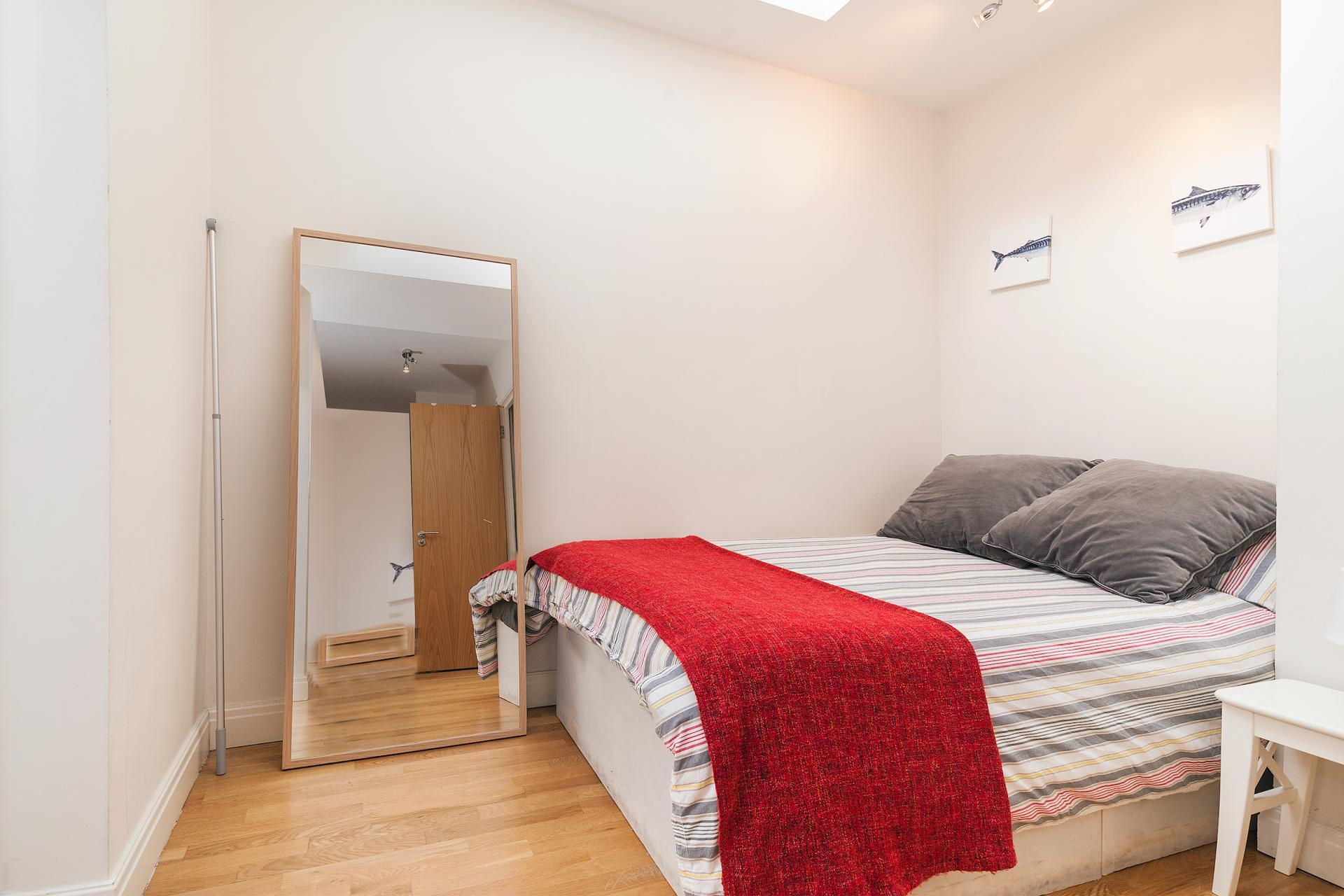 Bed at Angel Serviced Apartments - Citybase Apartments