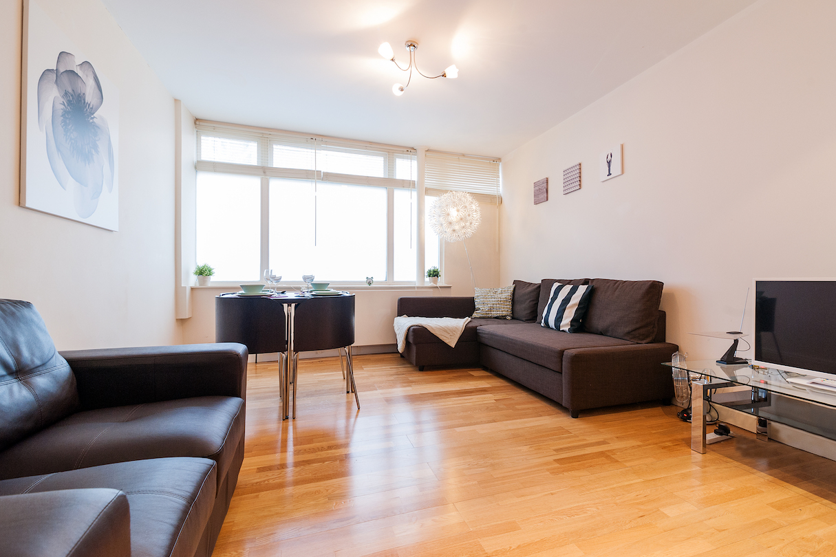 Living area at Angel Serviced Apartments - Citybase Apartments