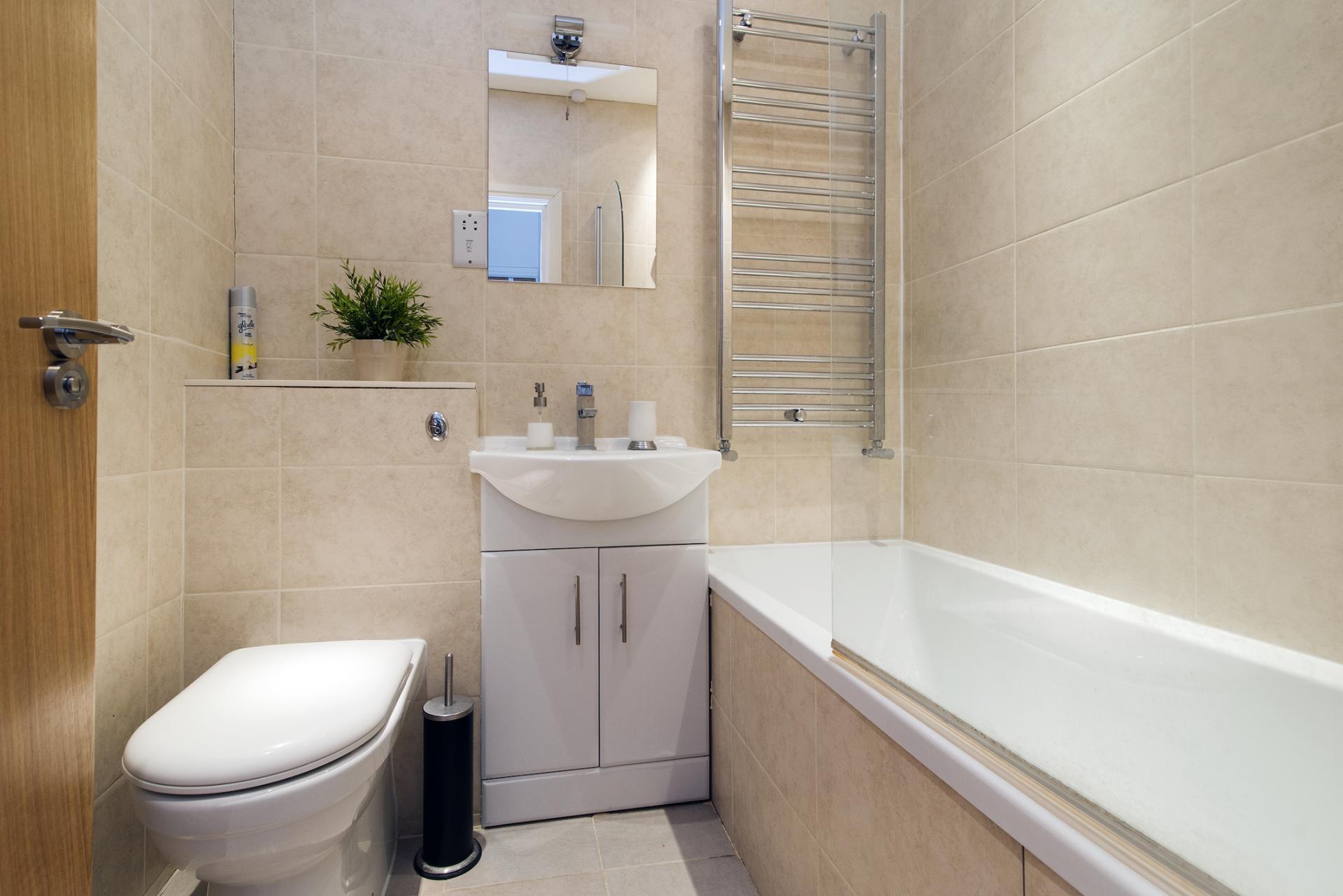 Bathroom at Angel Serviced Apartments - Citybase Apartments