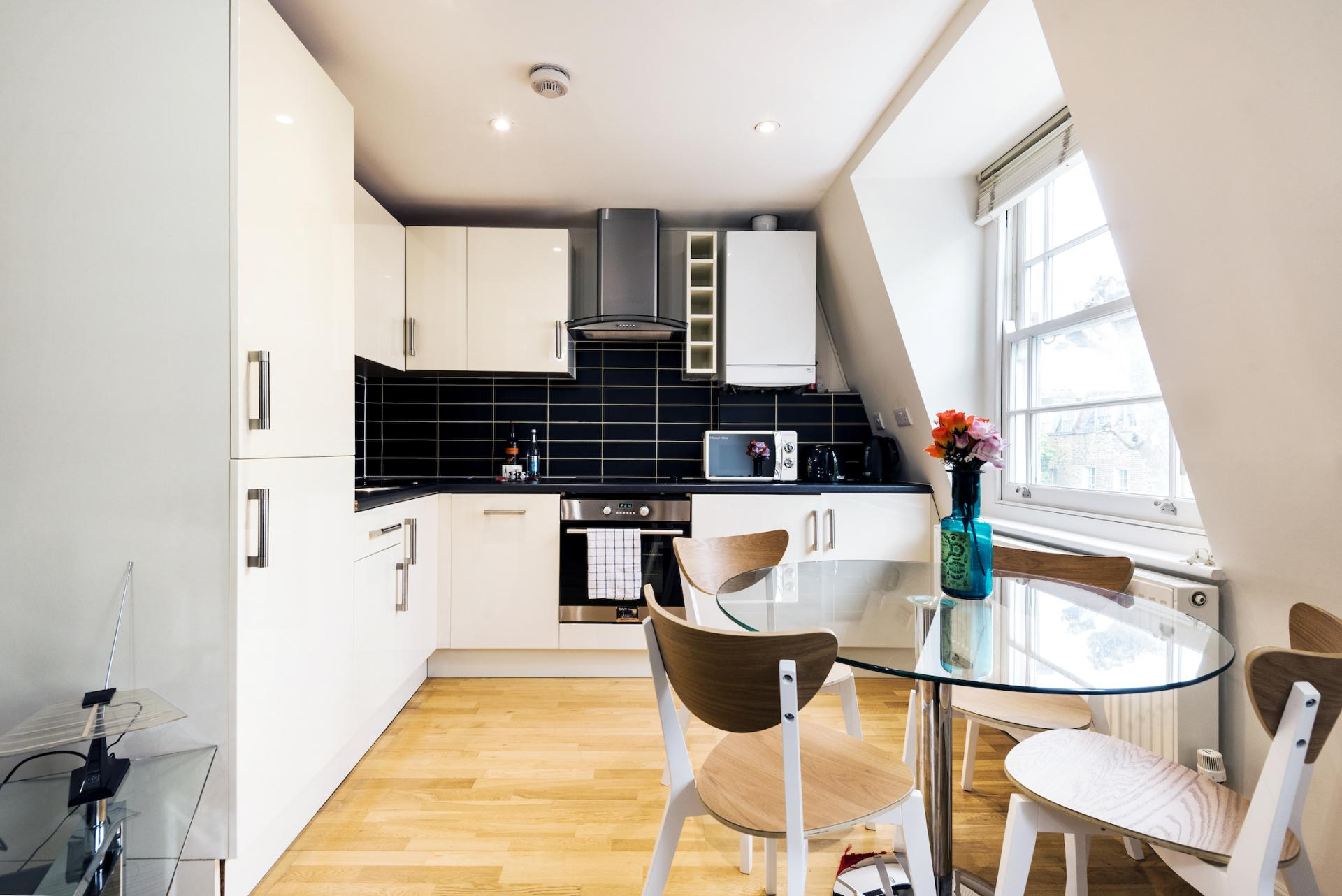 Dining table at Angel Serviced Apartments - Citybase Apartments