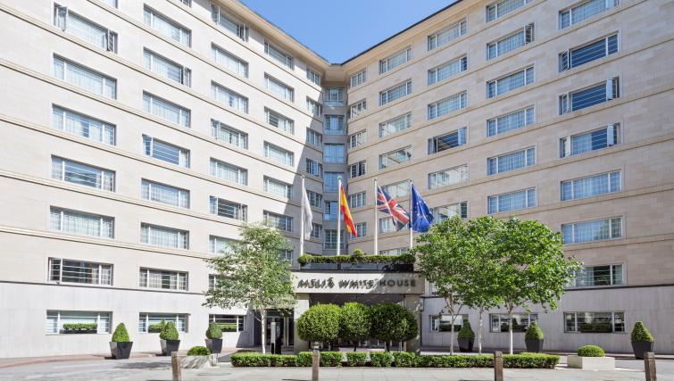Exterior at Melia White House Apartments - Citybase Apartments