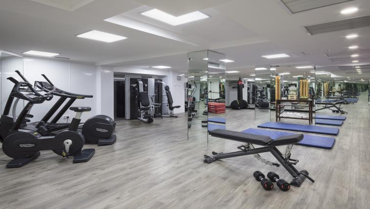 Fitness centre at Melia White House Apartments - Citybase Apartments