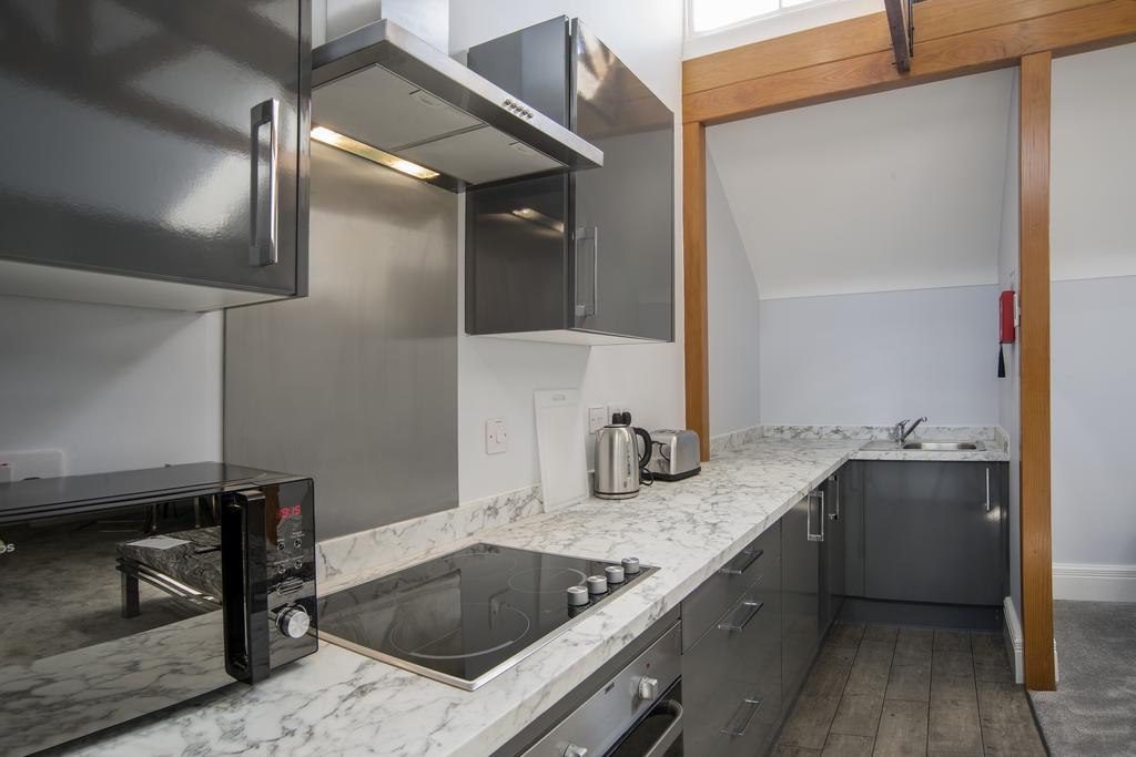 Kitchen at 42 Castle Street Apartments - Citybase Apartments