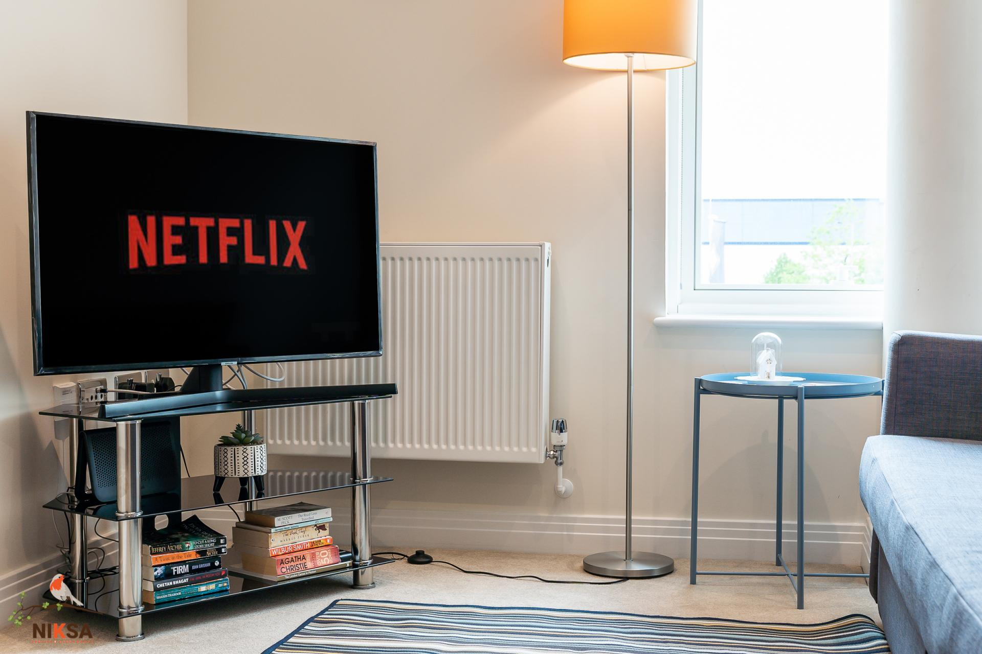 Netflix at Empire House Apartments - Citybase Apartments